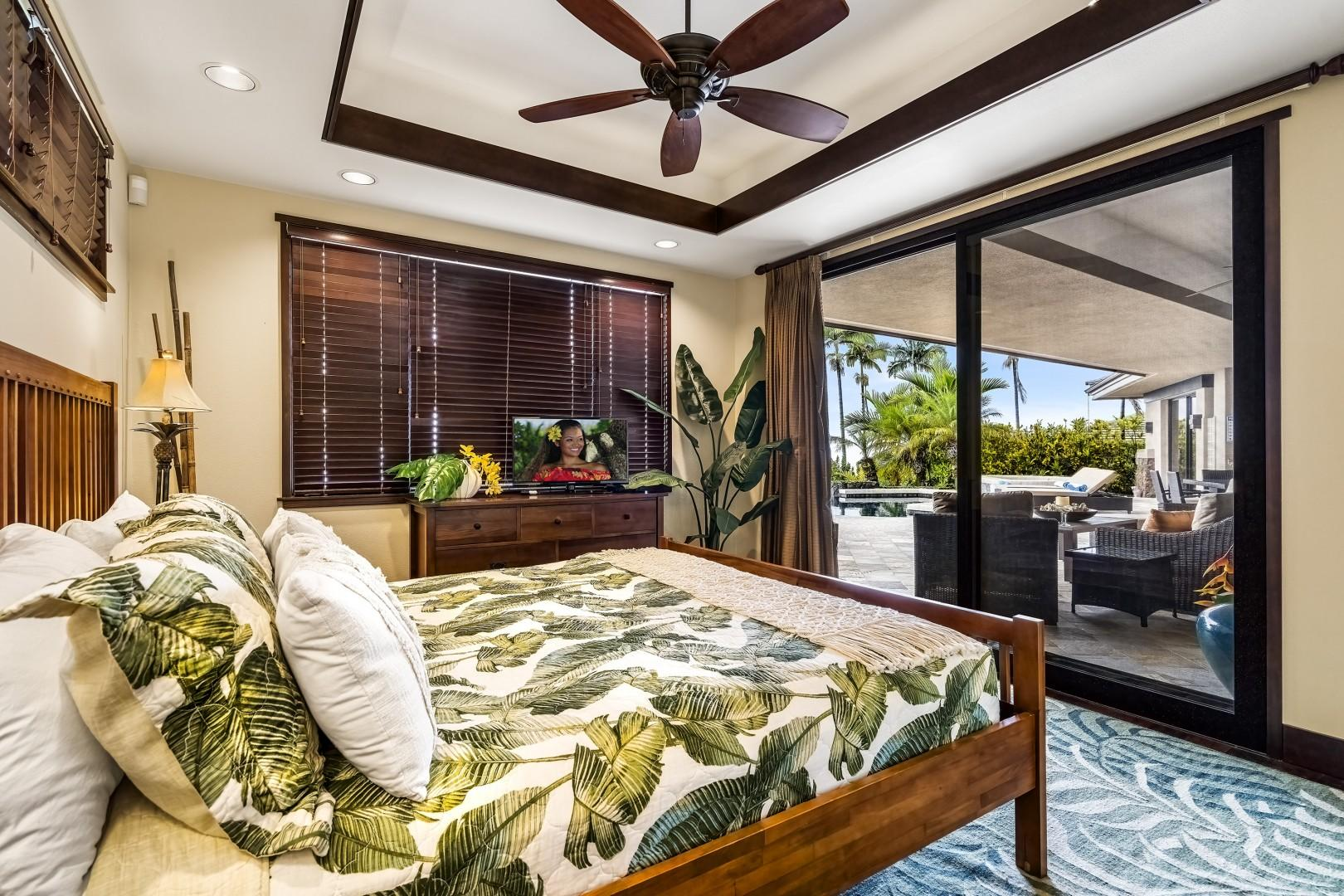 Equipped with Queen bed, TV, A/C, and Lanai access