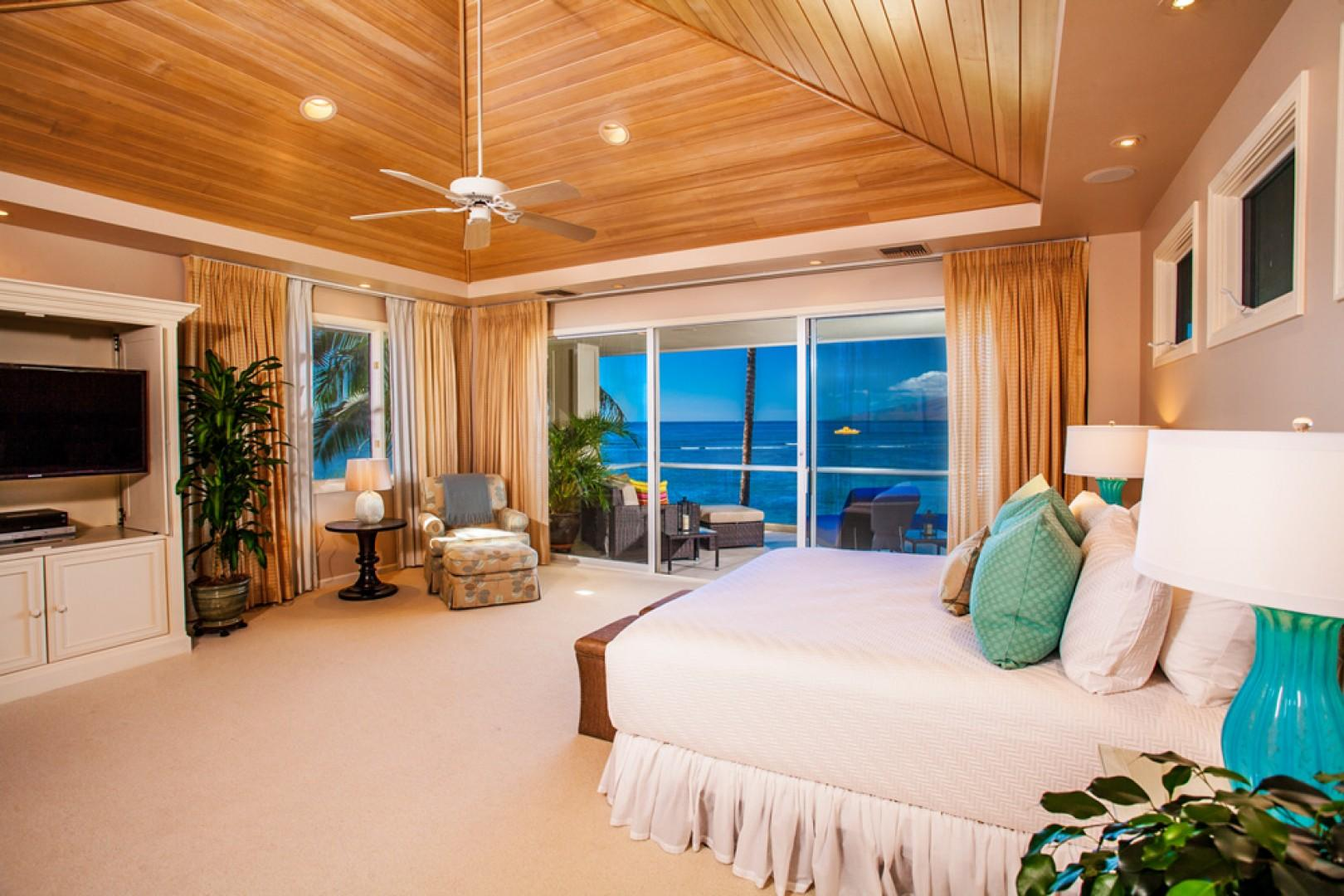 Opal Seas At Baby Beach - Second Floor Sunset, Ocean and Beach View Master Bedroom with New King Mattress, Expansive Veranda, Chaise Lounge Chairs, Chat Area, Dining Table, Super-Sized Hammock