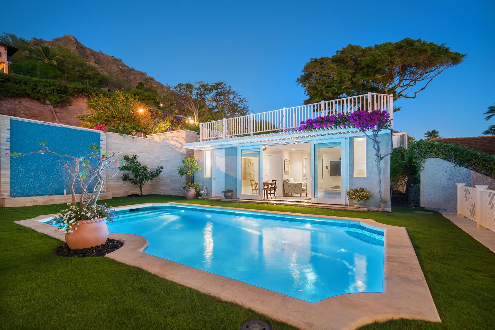 Pool and pool house with Diamond Head in the background