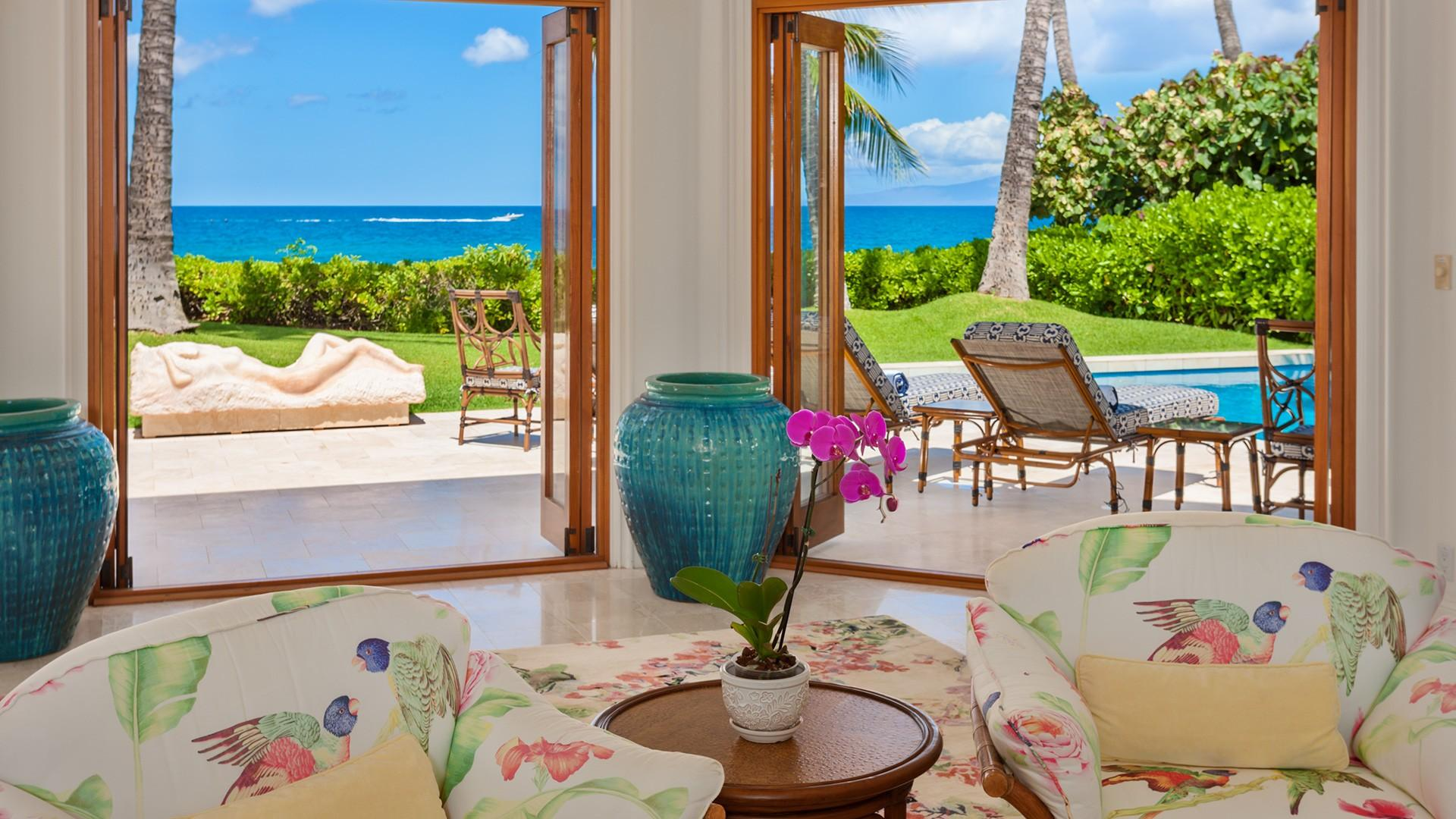 From nearly every room, the home offers stunning views of world-renowned Keawakapu Beach.