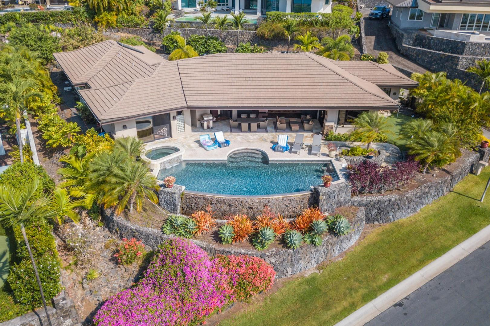 Aerial showing the shear size of the Lanai and Pool!