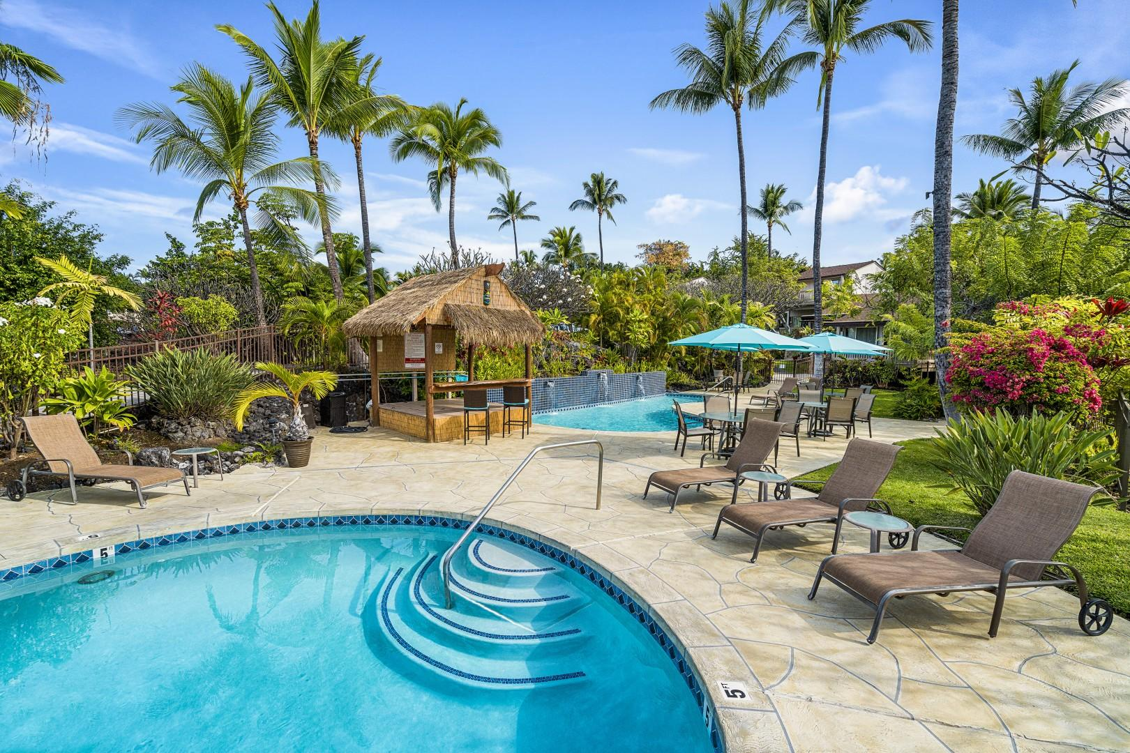 Show casing the 2 pools at Keauhou Resort!