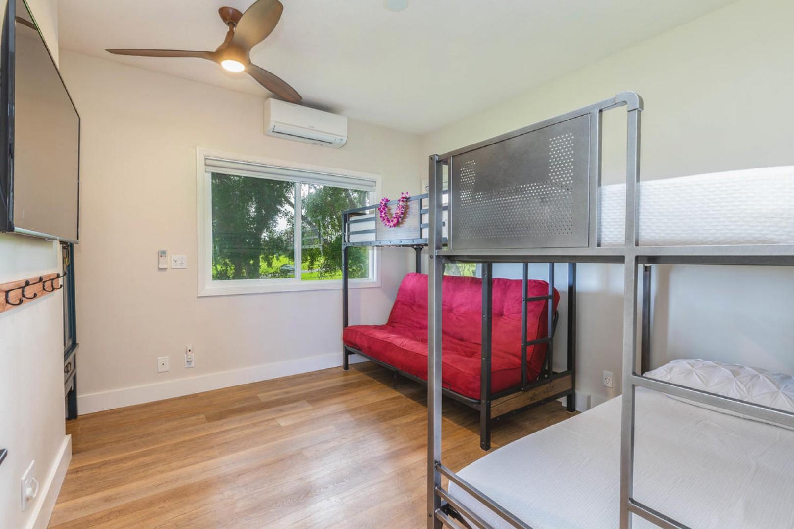 Kid's suite (bedroom four, upstairs)