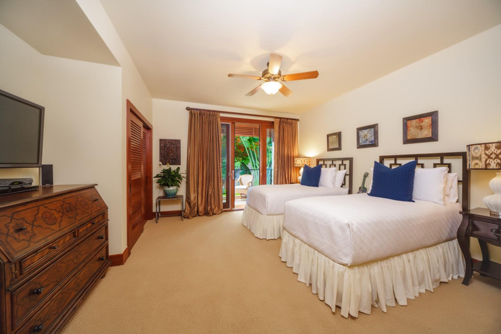 Castaway Cove C201 - Third Garden View Twin or King Bedroom with small private terrace