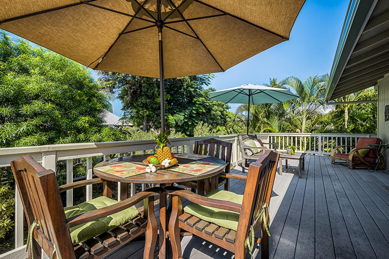 Outdoor dining for 4 people