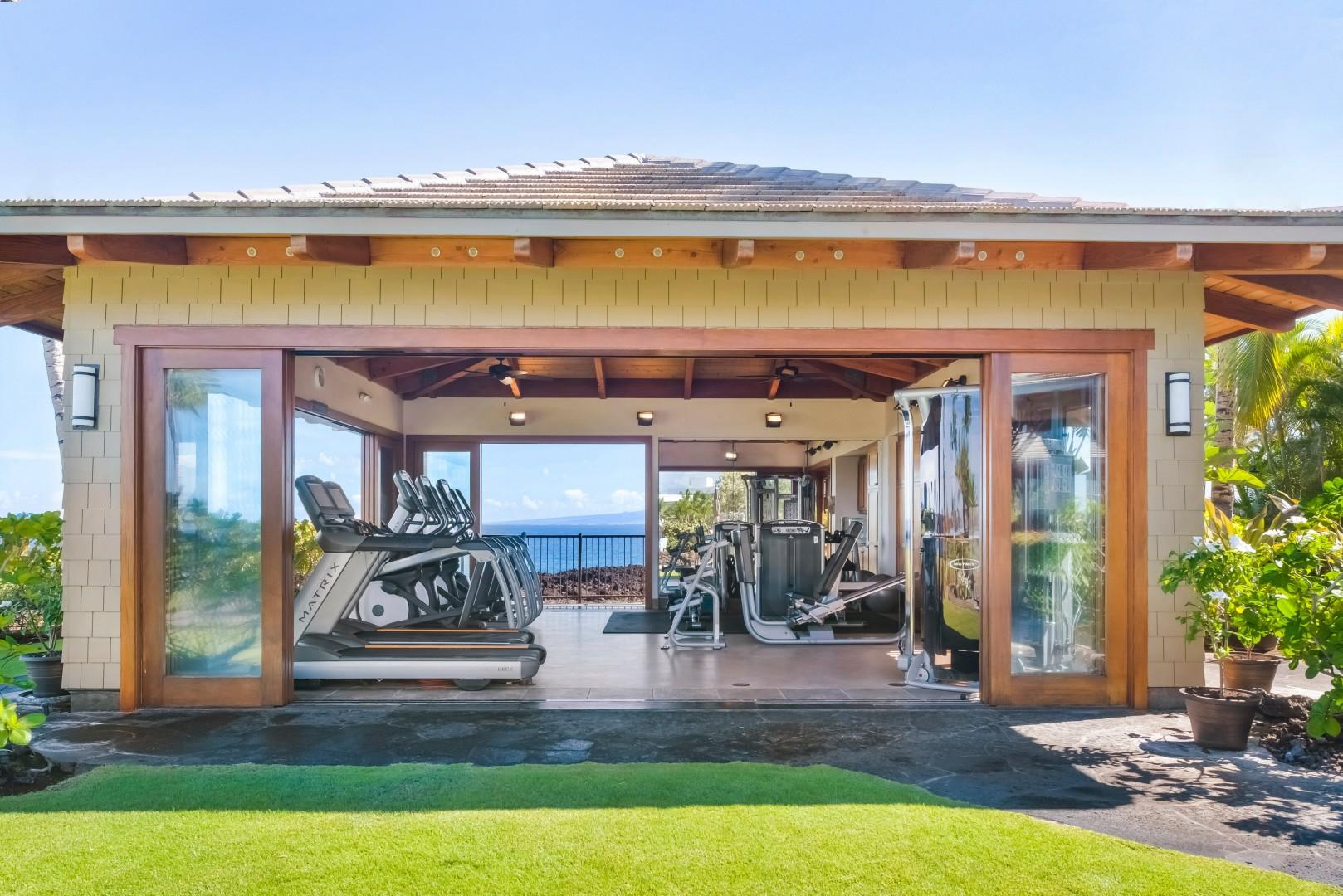 Hali'i Kai's private fitness center perched on the cliffs overlooking the ocean