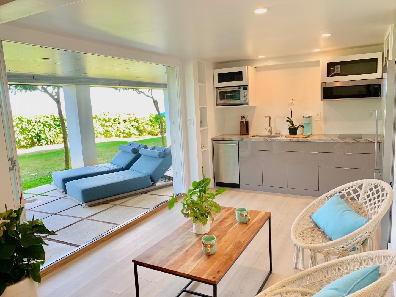 Downstairs studio kitchen and outdoor lanai