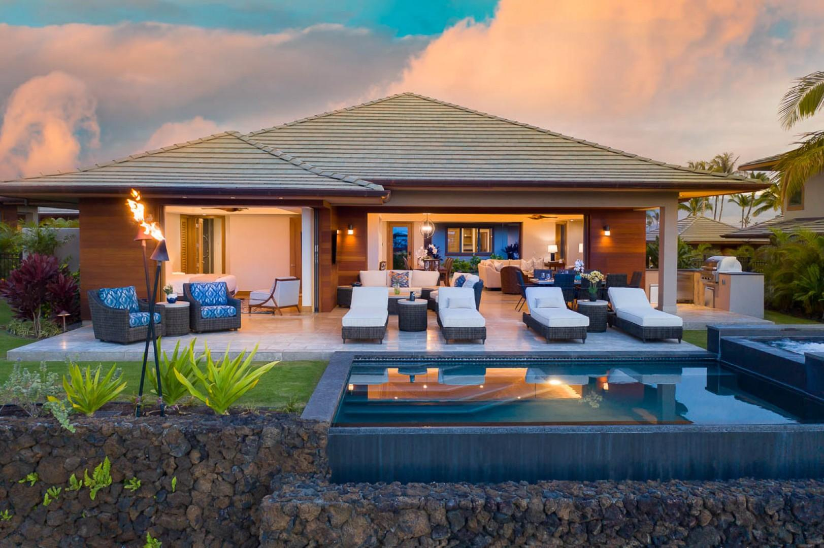 Come experience an infinity-edge pool and spa that overlook the first fairway of the stunning Francis H. I'i Brown South Course.
