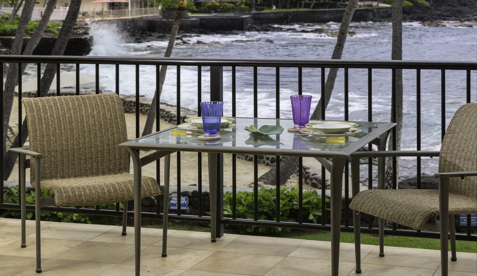 Outdoor Lanai Seating
