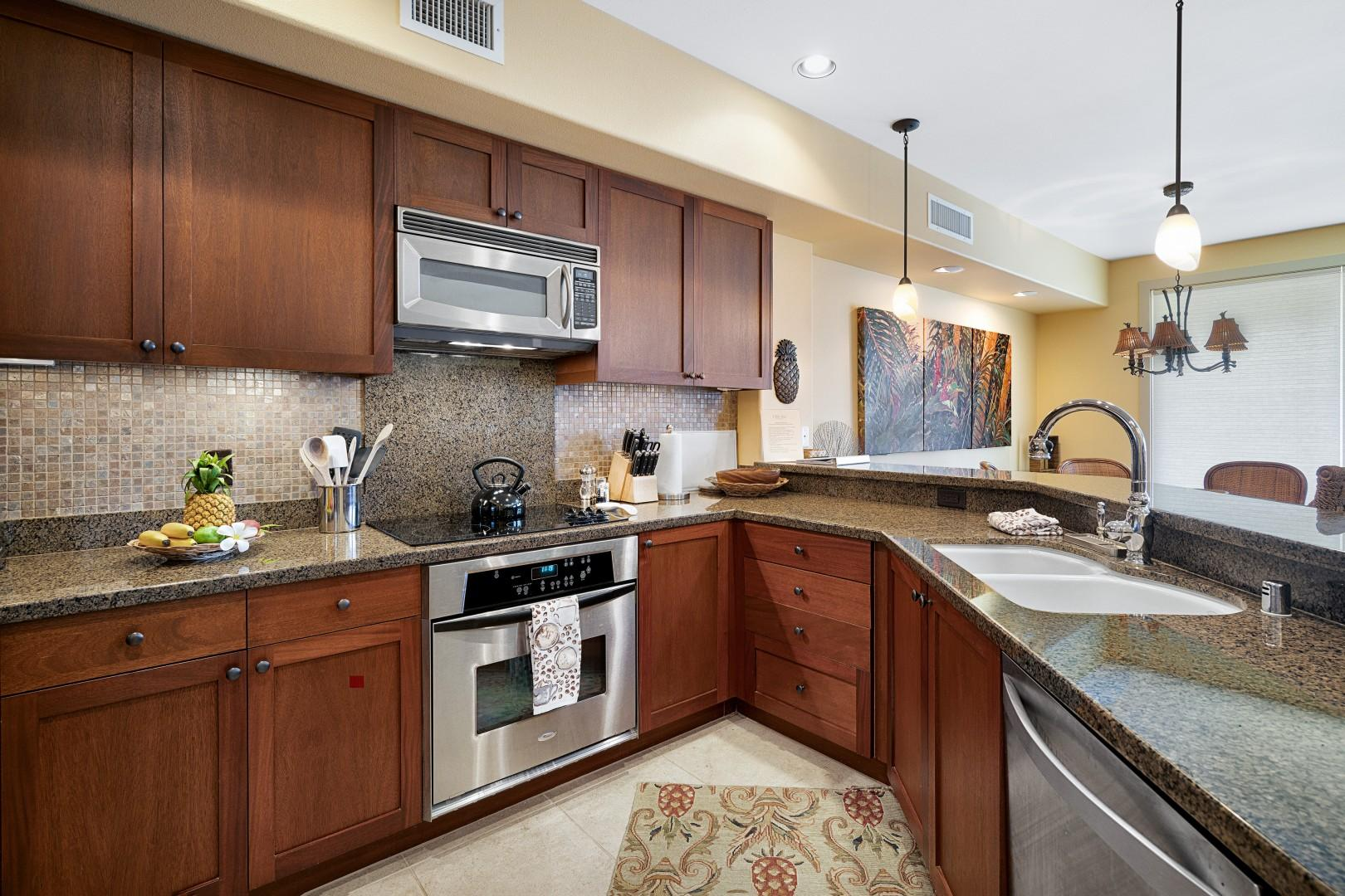 High end kitchen with all the tools you'll need!