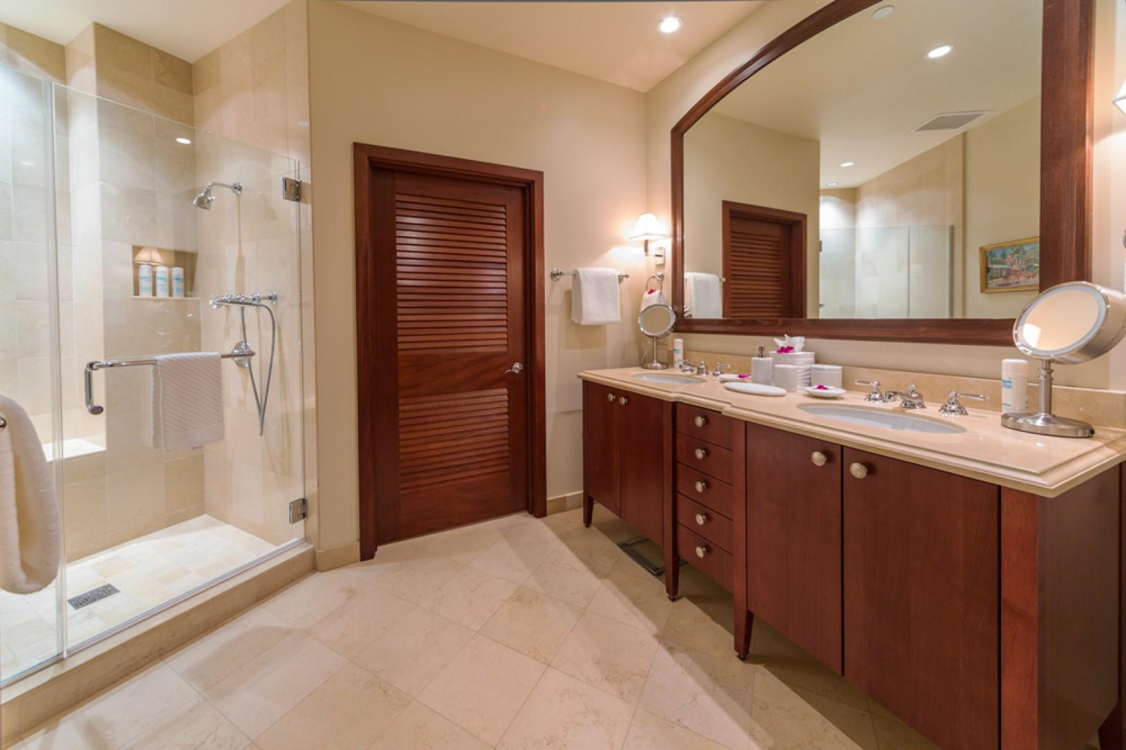 L509 Sandcastles Suite Second Master Bedroom Bath with Glass Shower, Private WC, Dual Vanities