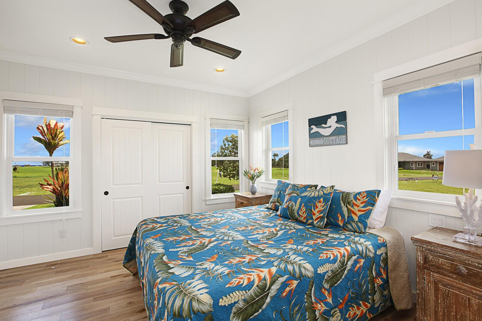 Guest bedroom 2 with en-suite bathroom