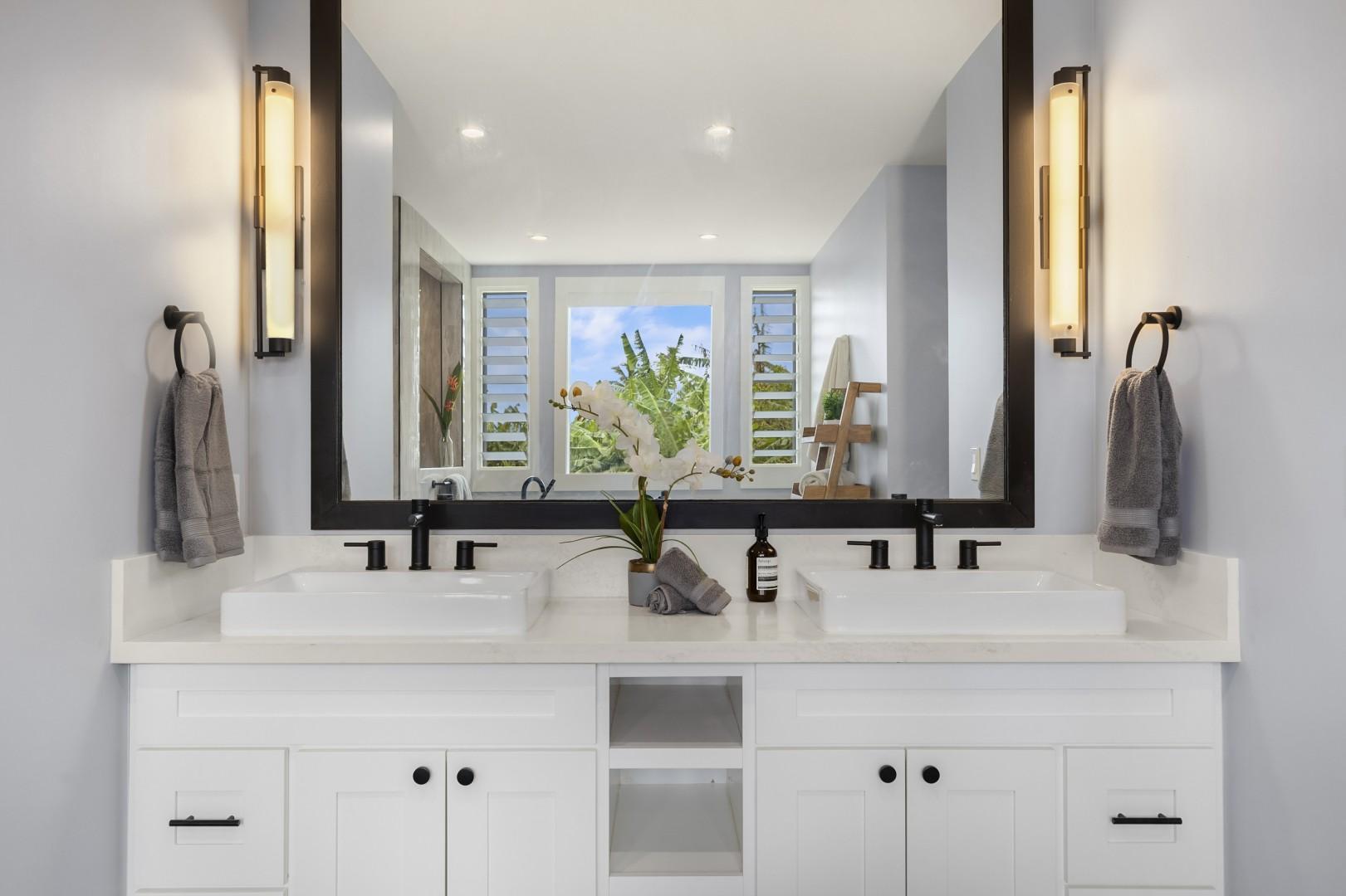 Dual vanity in the Master bath