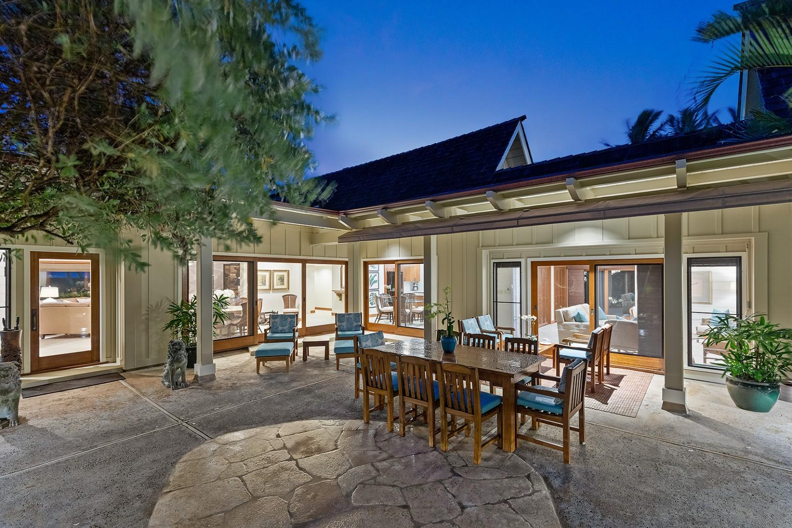 Main House - Outdoor Lanai and Outdoor Dining