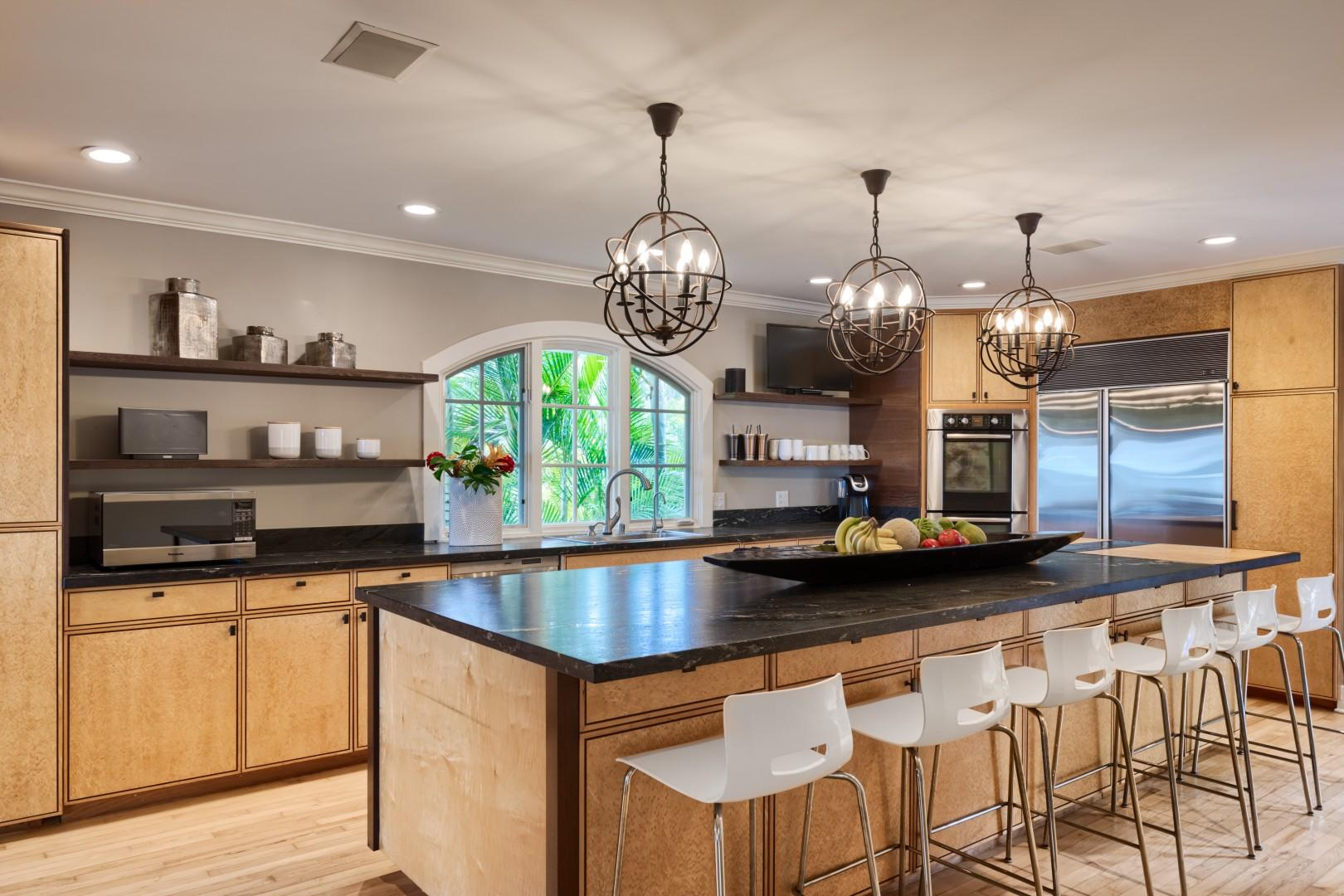 The kitchen is built to enhance the flow of entertainment, family, and big groups that want to enjoy their time together,
