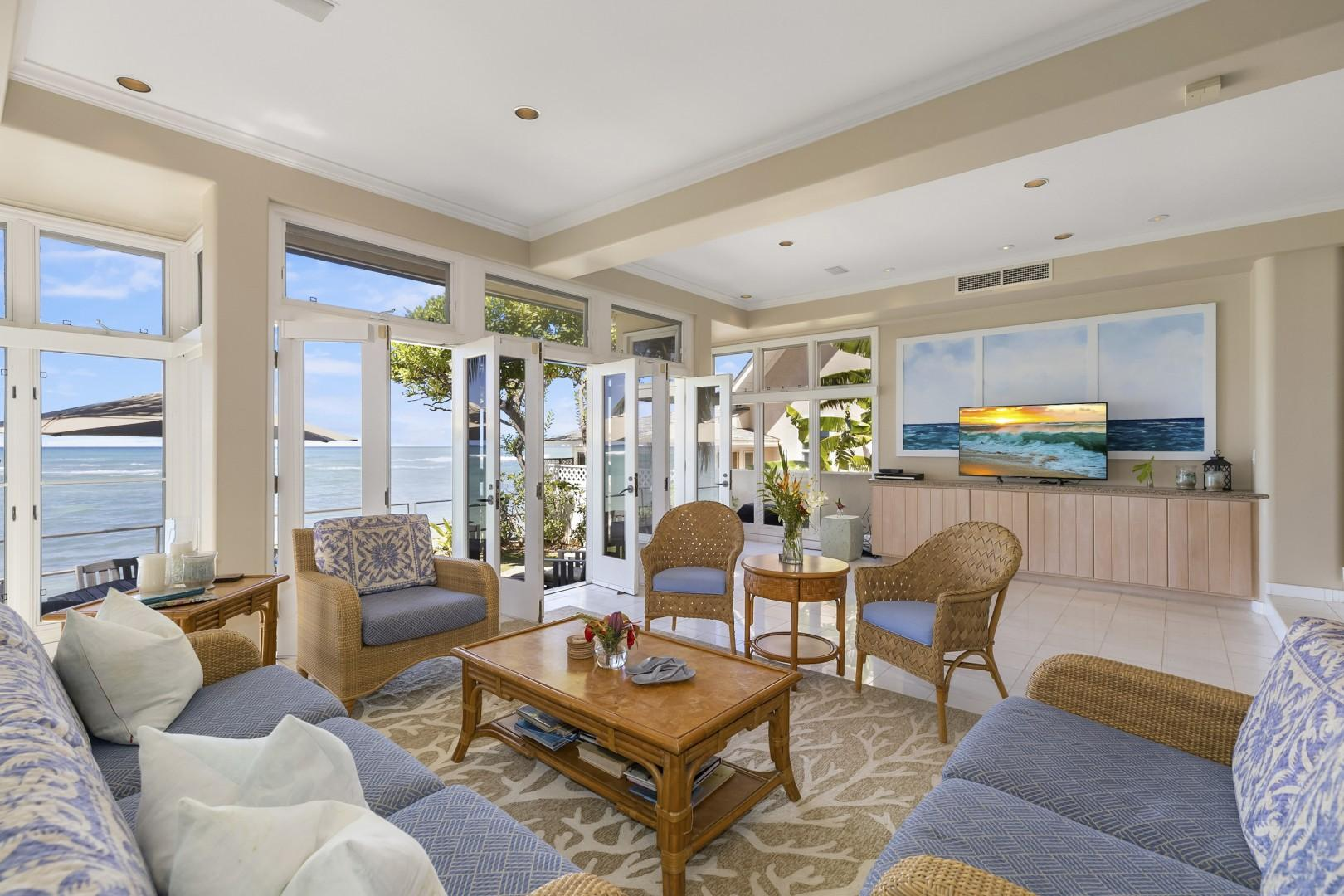 Living Room area, looking makai (toward the ocean)