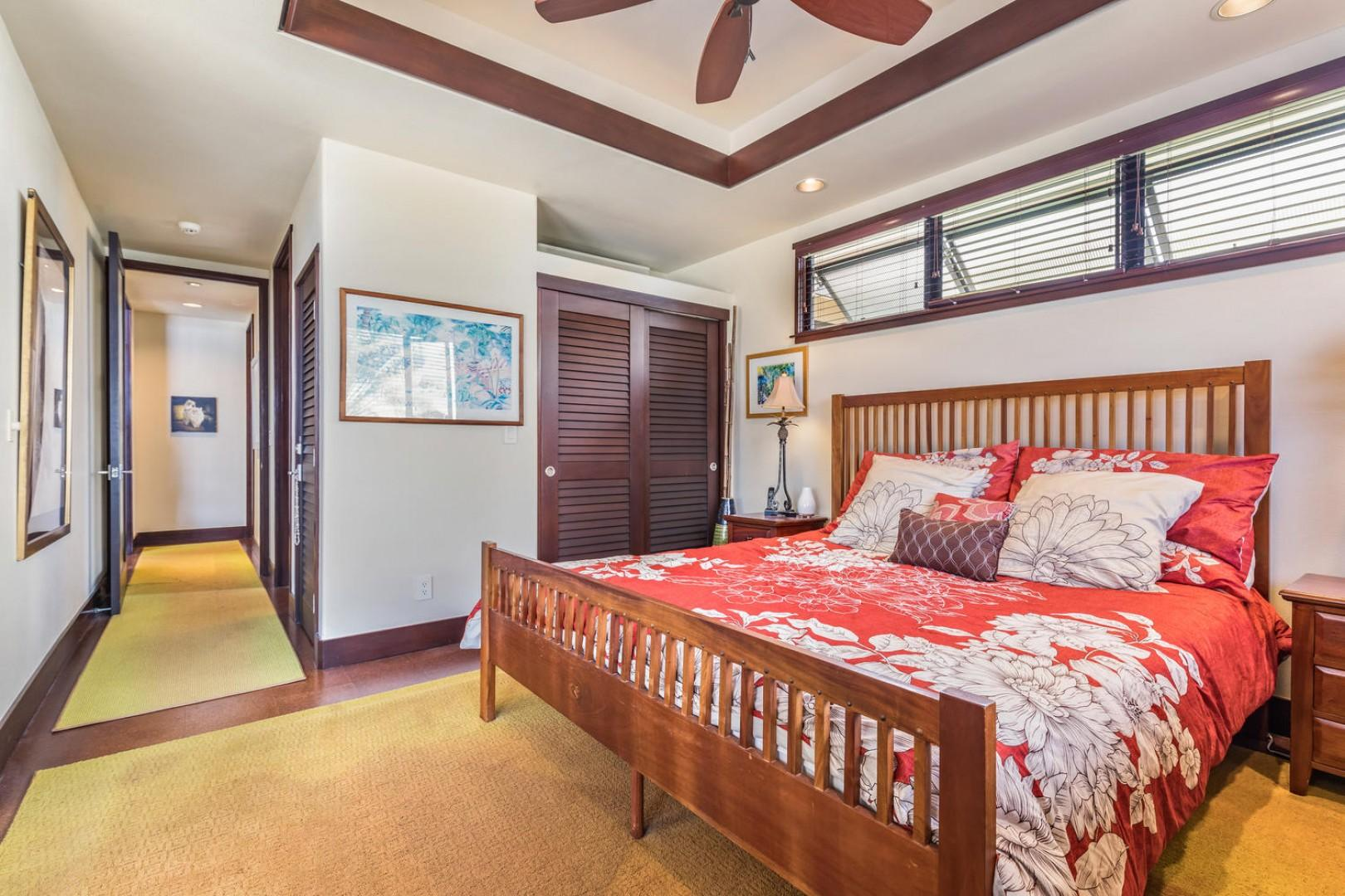 Guest bedroom with attached ensuite and Queen bed