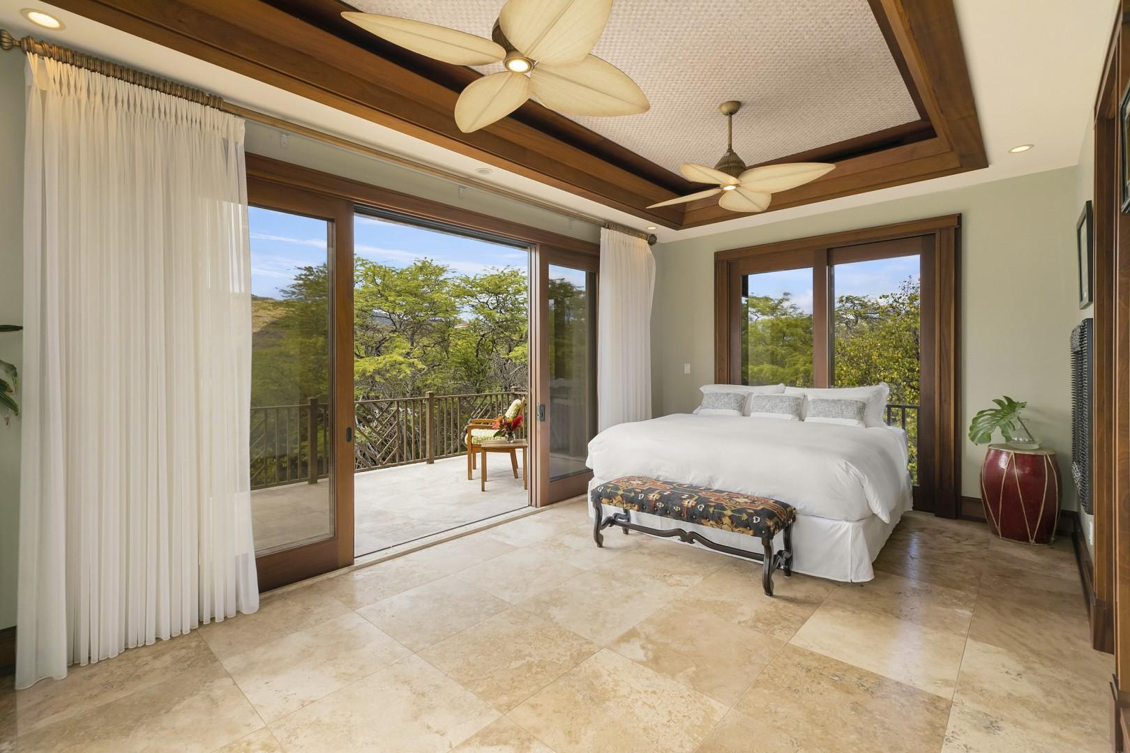 Upstairs Guest Bedroom with Large Private Lanai and Jack and Jill Bathroom
