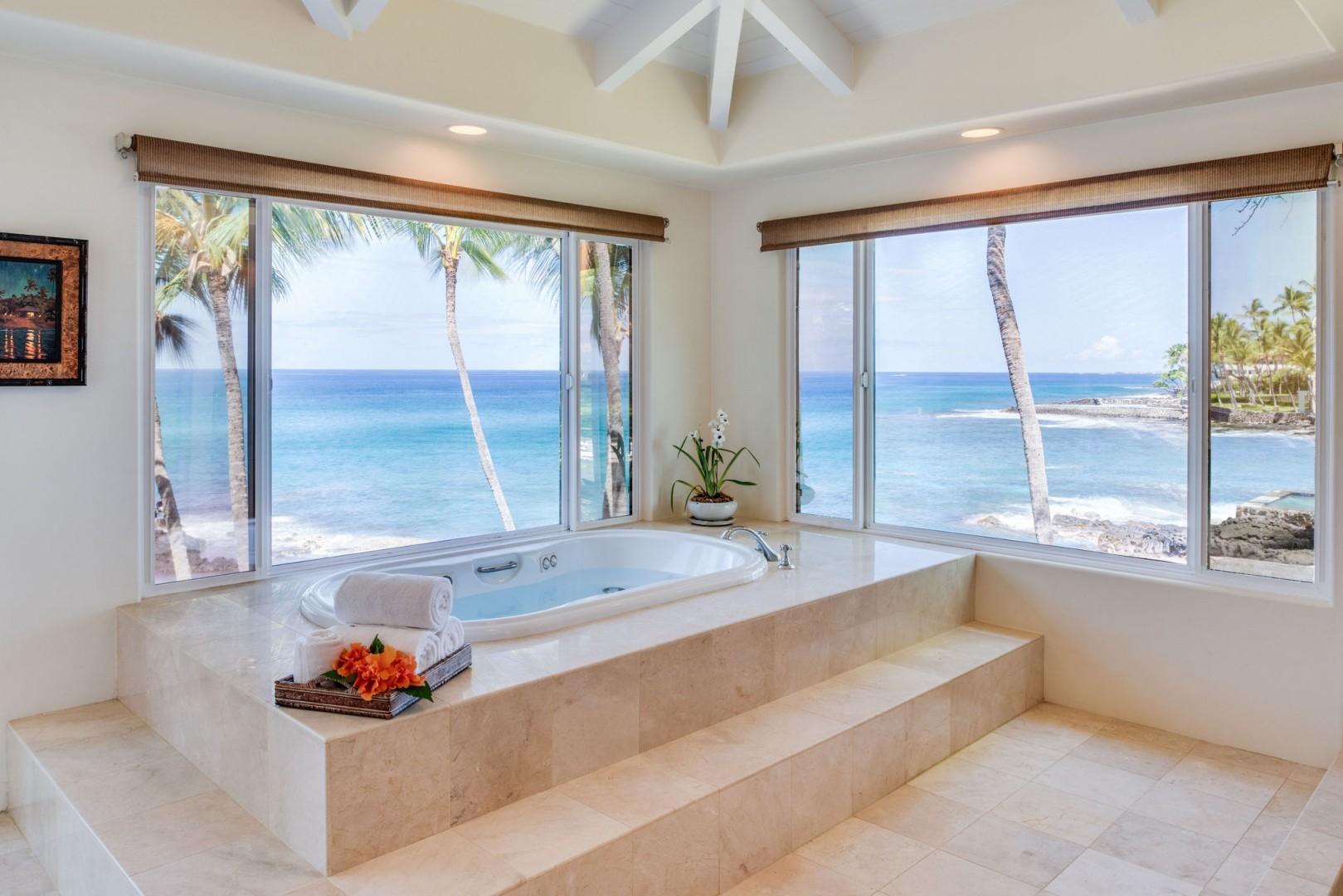Hale Lihikai Master bathroom soaking tub