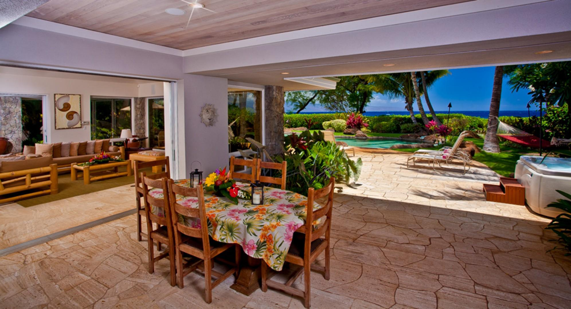 Sea Shells Beach House - Covered Outdoor Casual Dining and BBQ Area