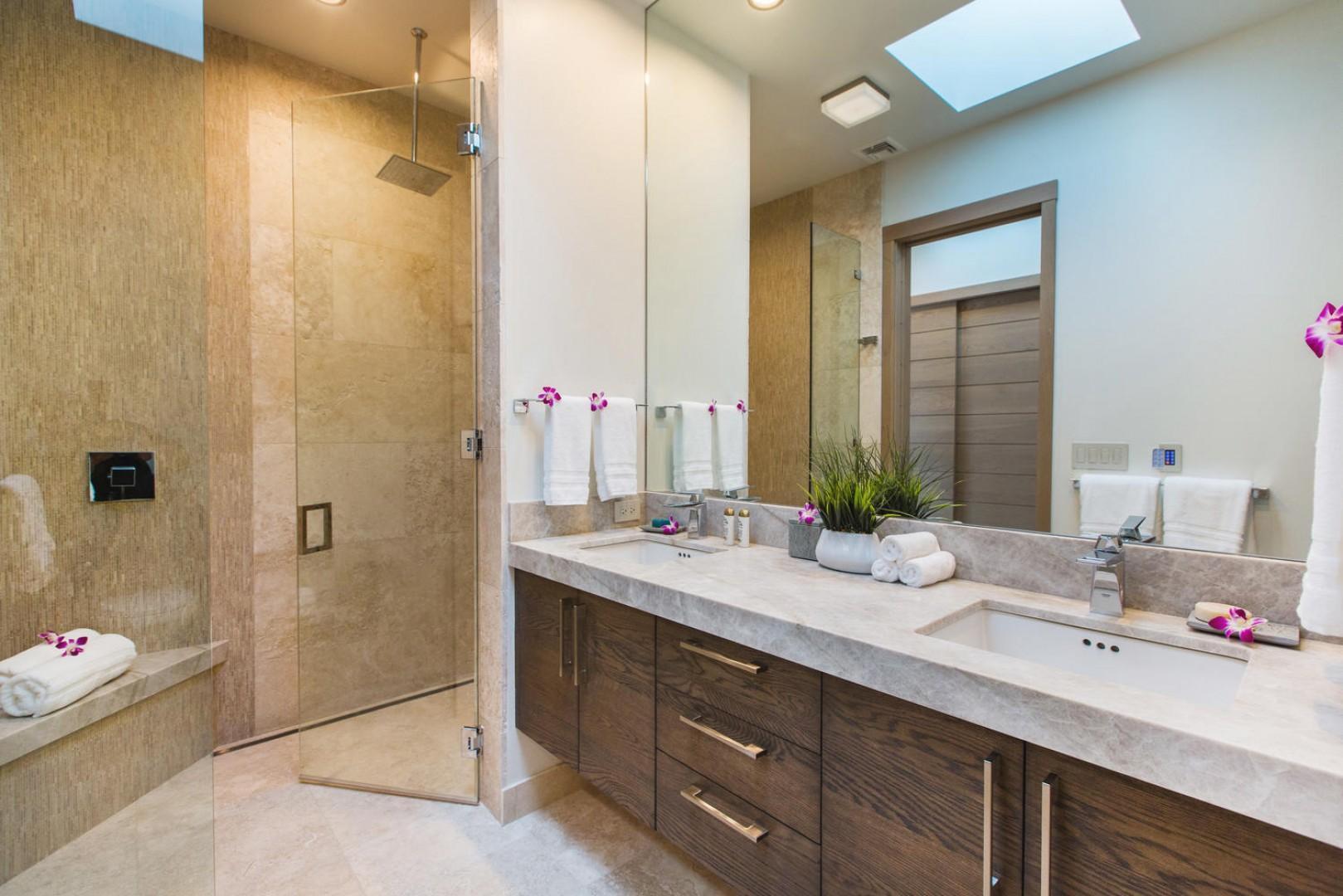 Second master bathroom.