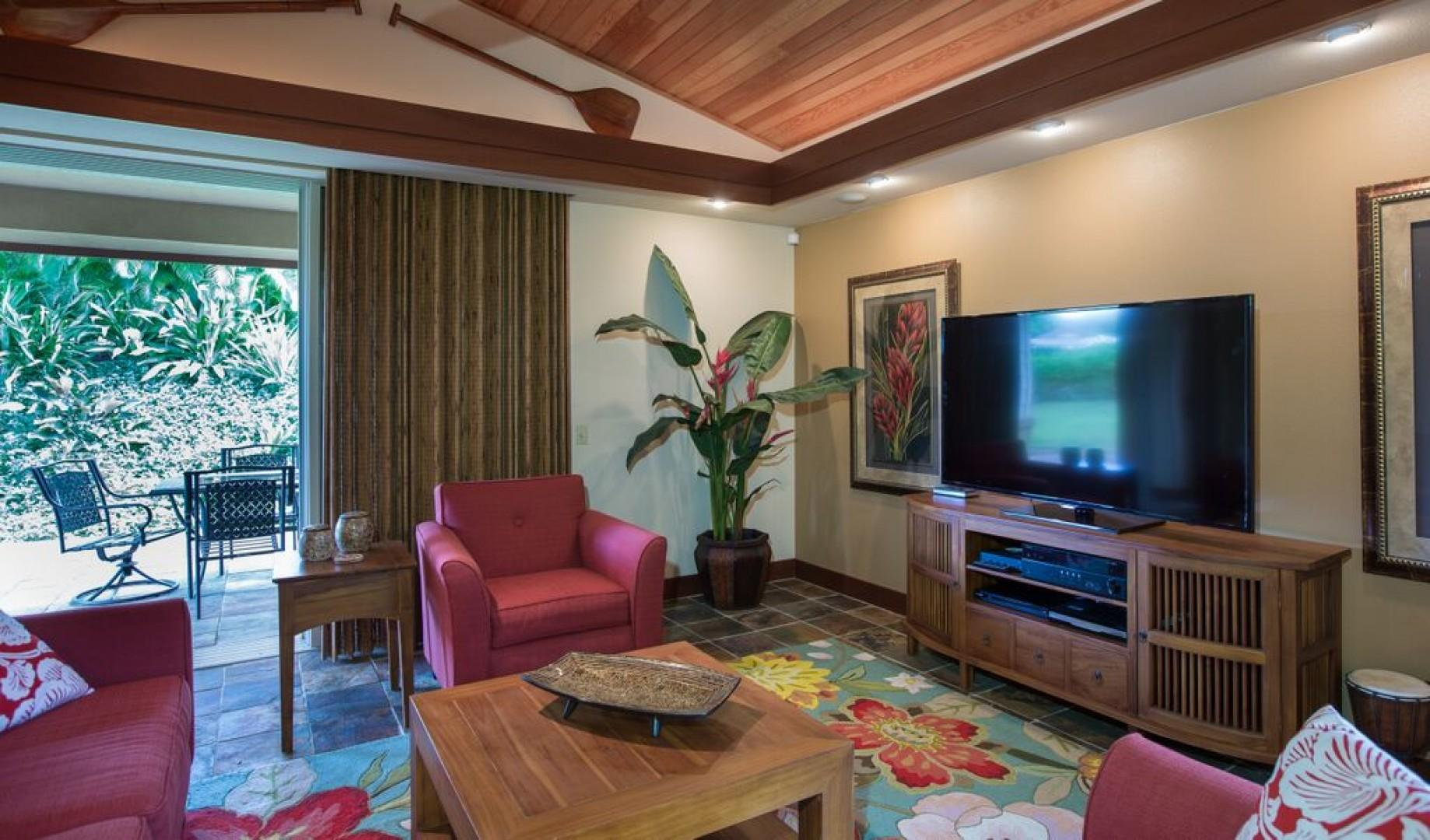 Living room opens to the lanai
