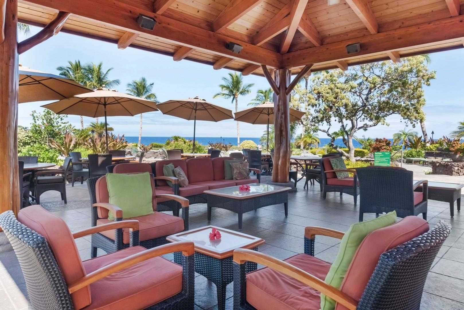 Lounge in comfort at Hali'i Kai's private amenity center