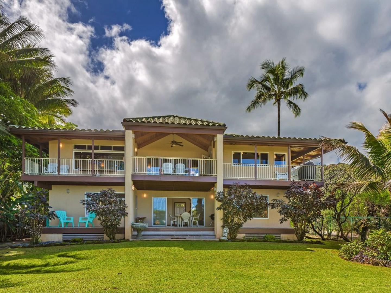 Pine Trees Beach Villa