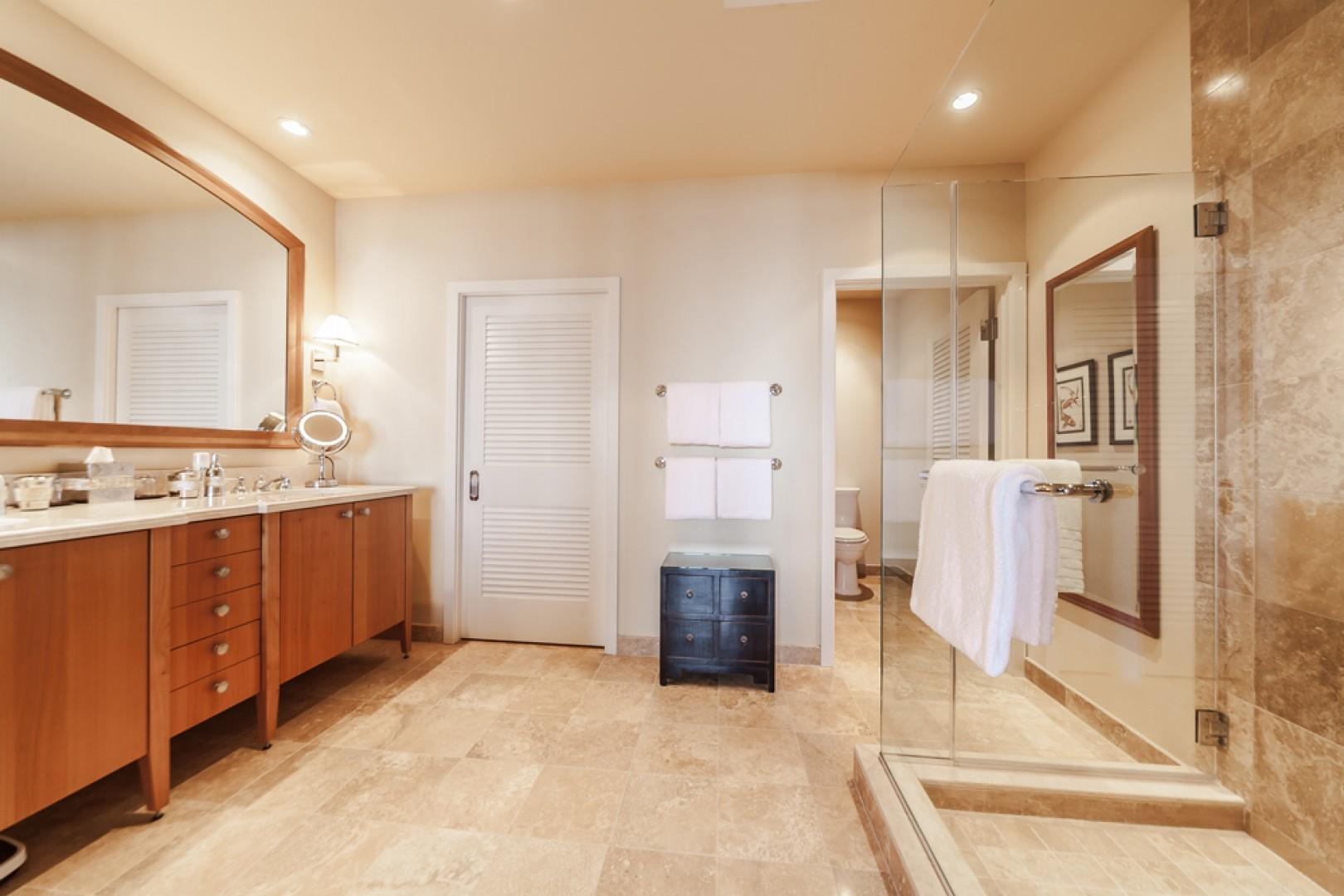 J505 Ocean View Master King Bedroom with Direct Access to the Covered Terrace and an En-Suite Bath with Deep Soaking Tub, Separate Shower, Private WC, Walk-In Closet