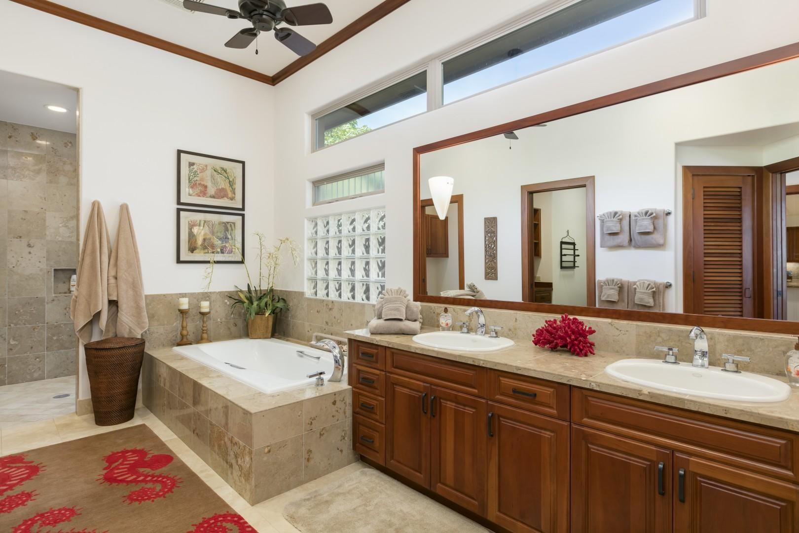 Soaking Tub, Indoor Shower, and Outdoor Shower - You choose!