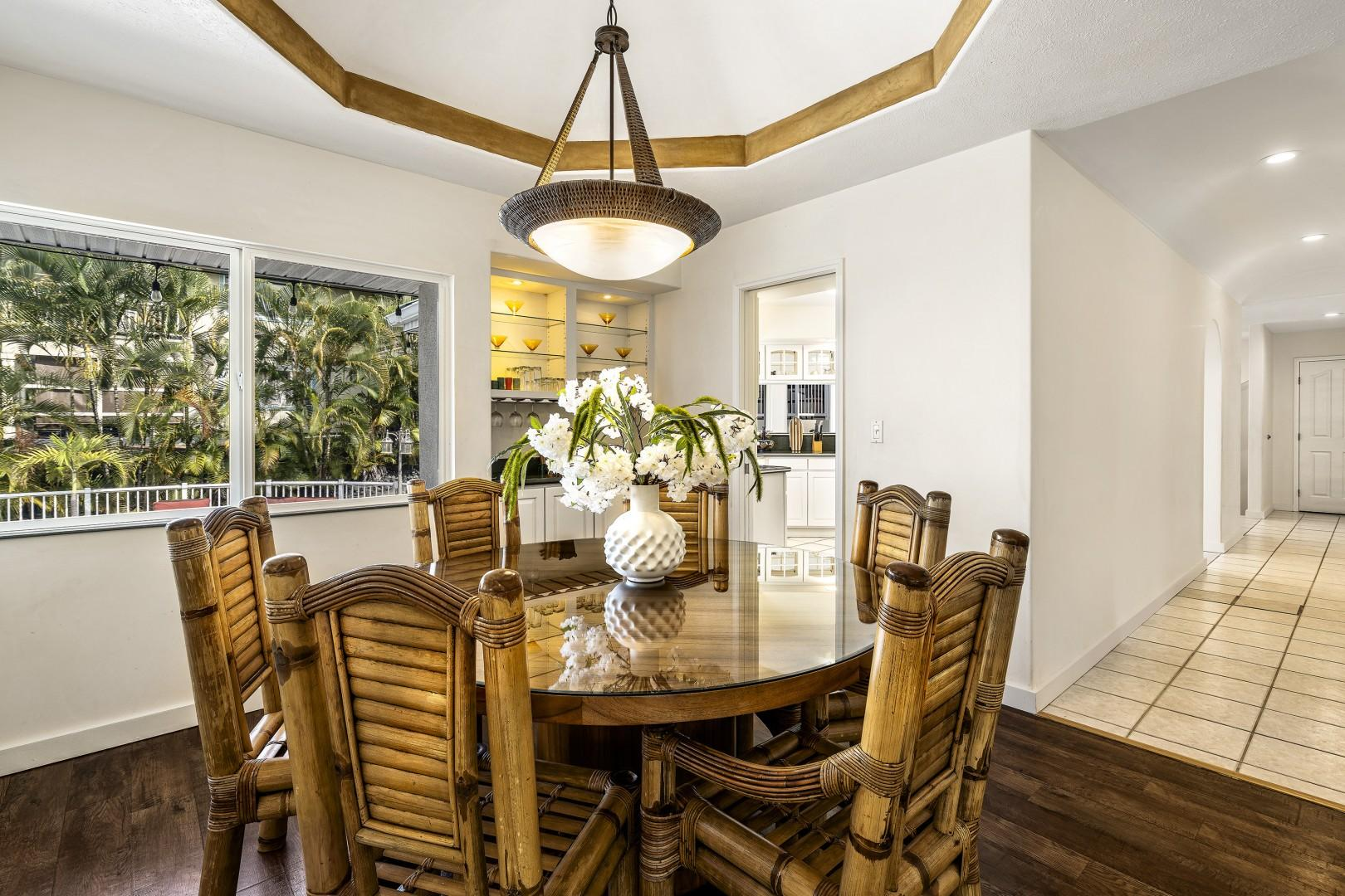 Dining indoors for 6 guests near the kitchen