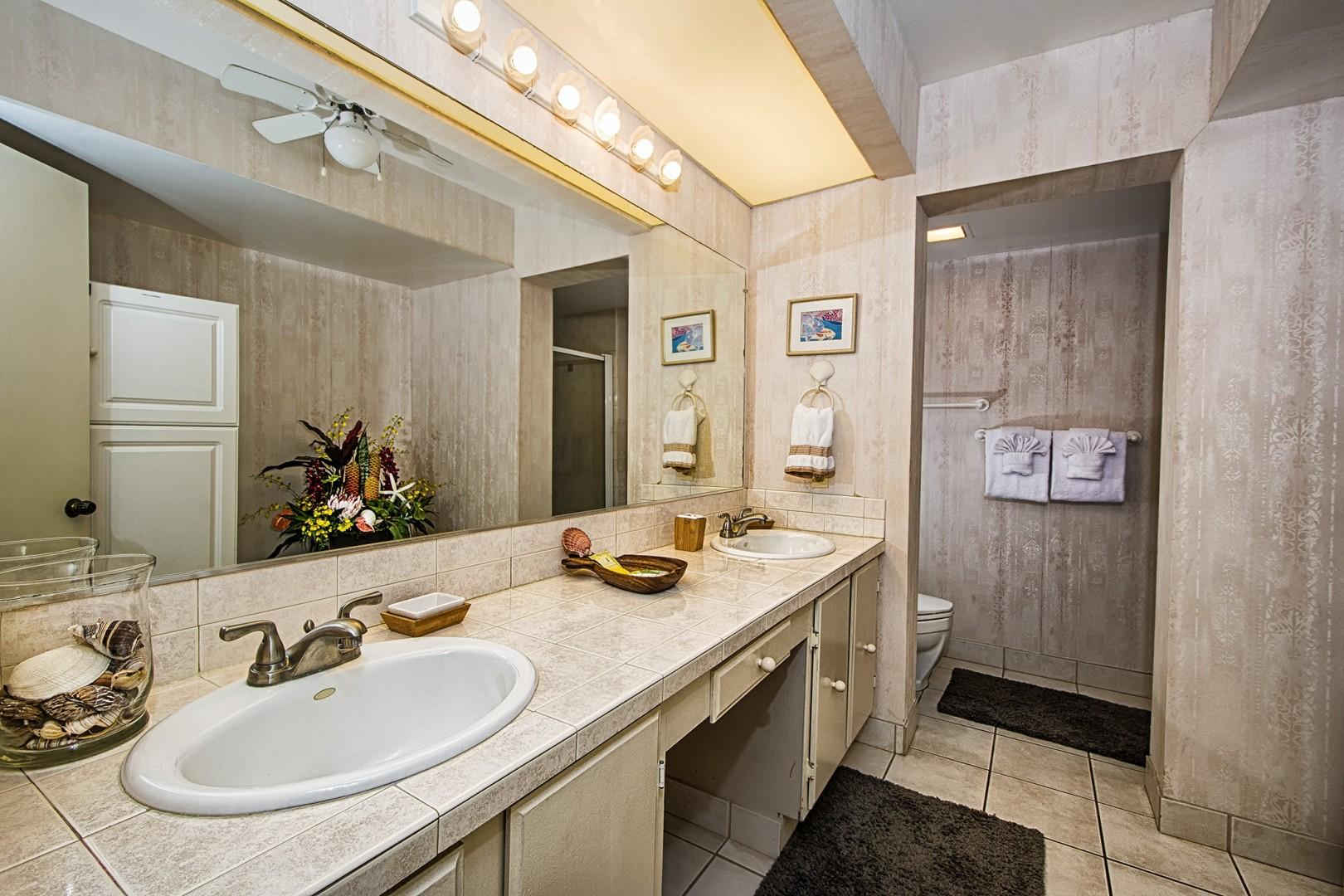 Spacious Master Bath featuring Dual vanities!