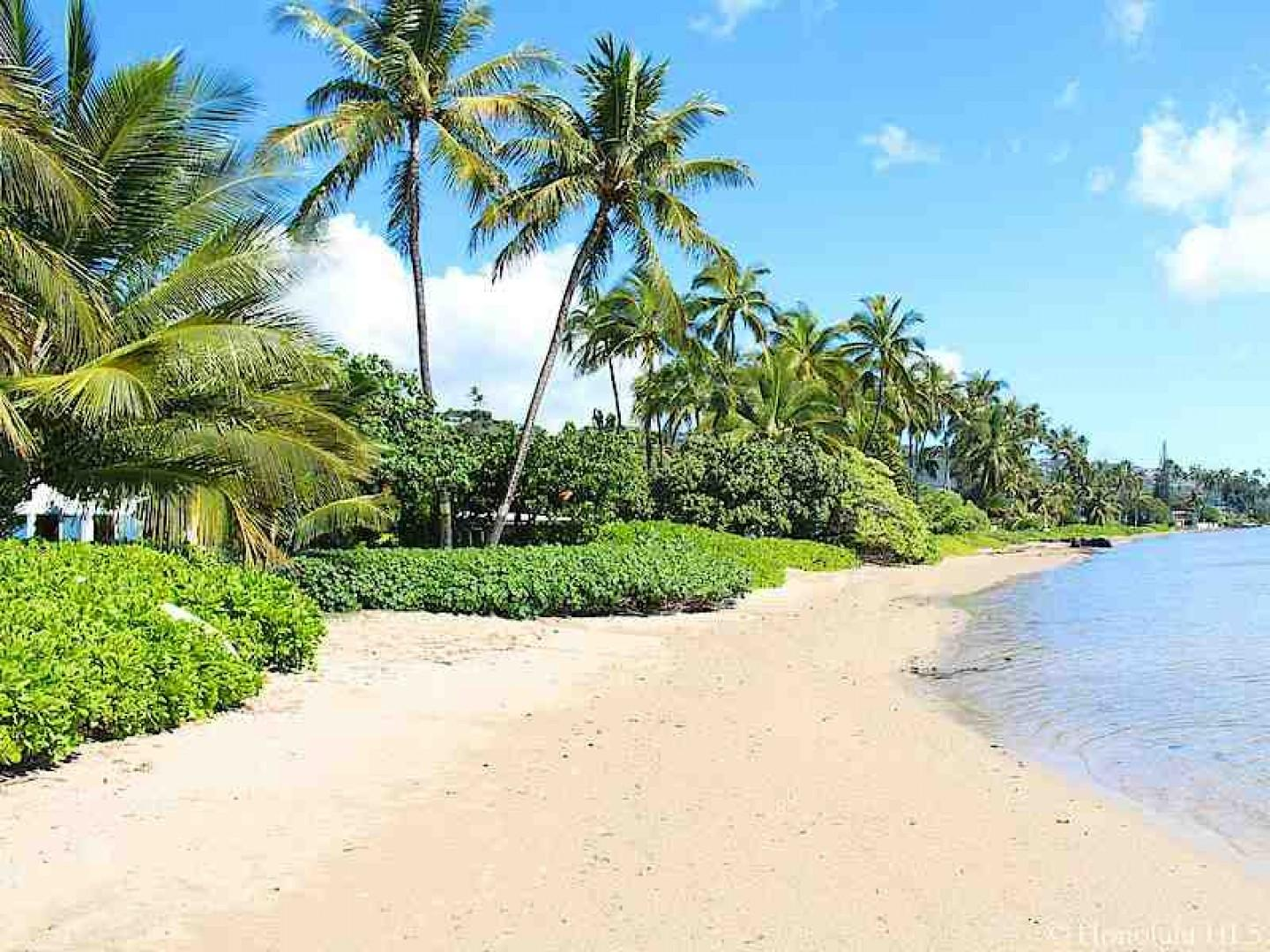 Just a short drive to beautiful sandy beaches!