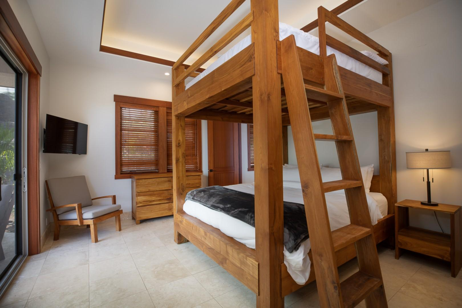 Fourth Bedroom (King Size Bunk Beds!)