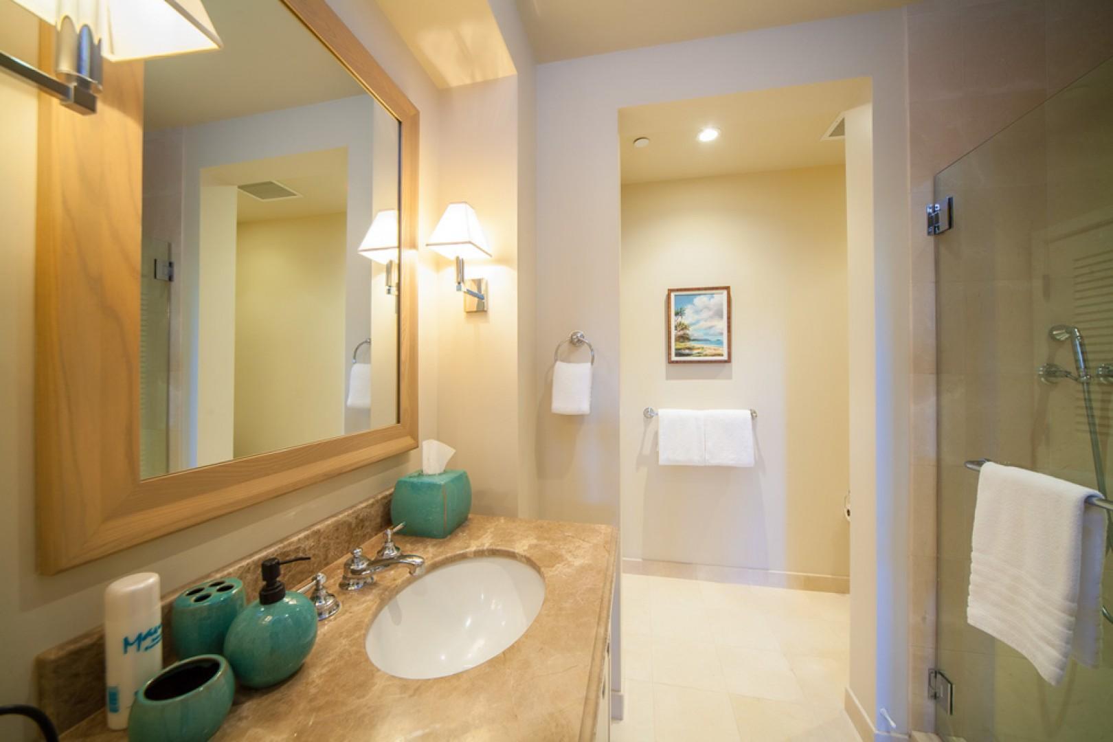 Blue Horizons K308 - Third Bedroom Bath with Glass Shower and Linen Closet