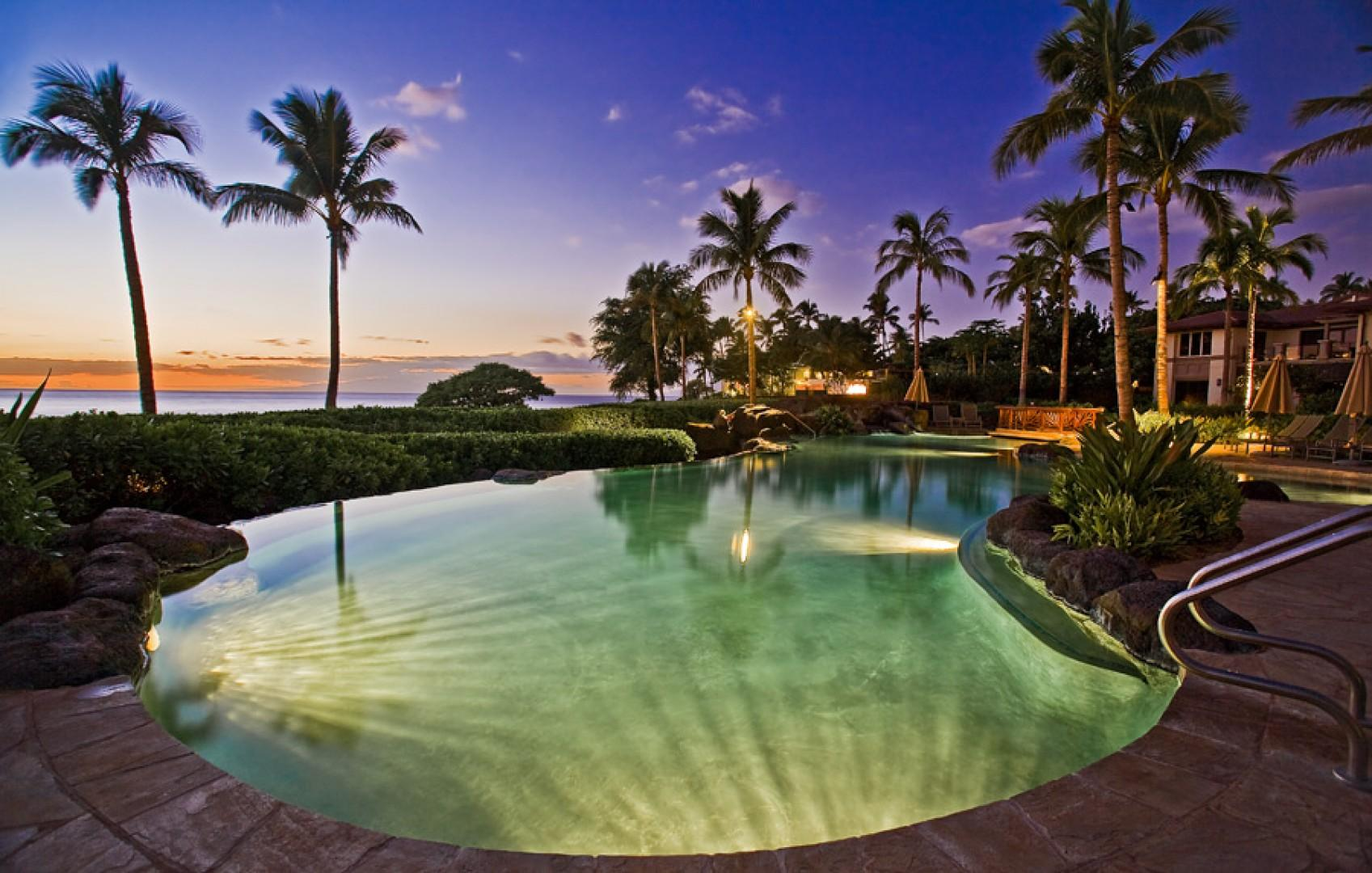 Twilight at the exceptional infinity-edge pool.