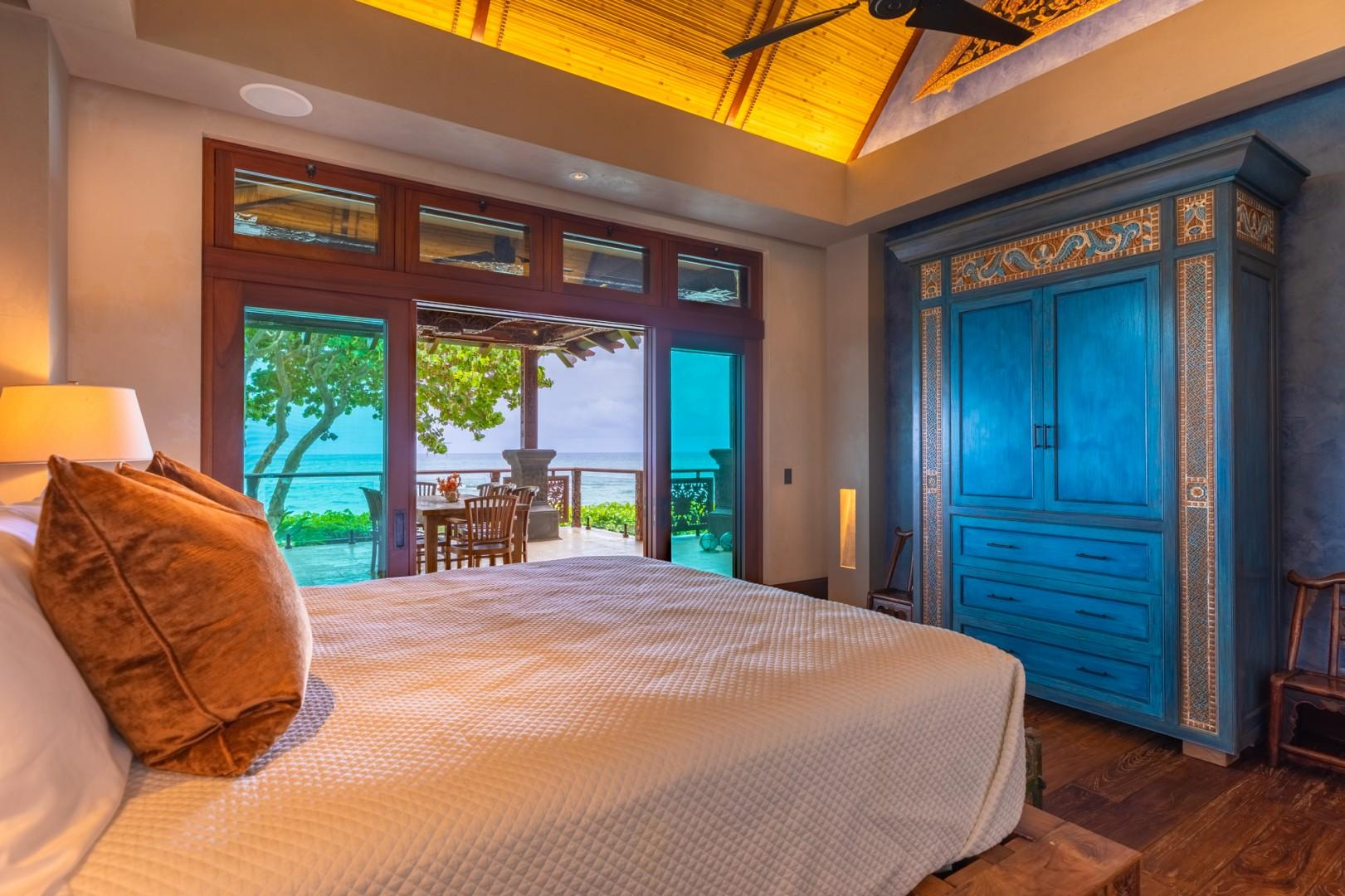 Guest Bedroom with ocean views and lanai access