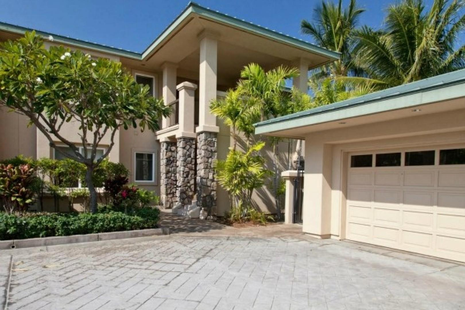 Enjoy your private one car garage for your use with a beach closet providing beach chairs, boogie boards, cooler, umbrella and other beach items.