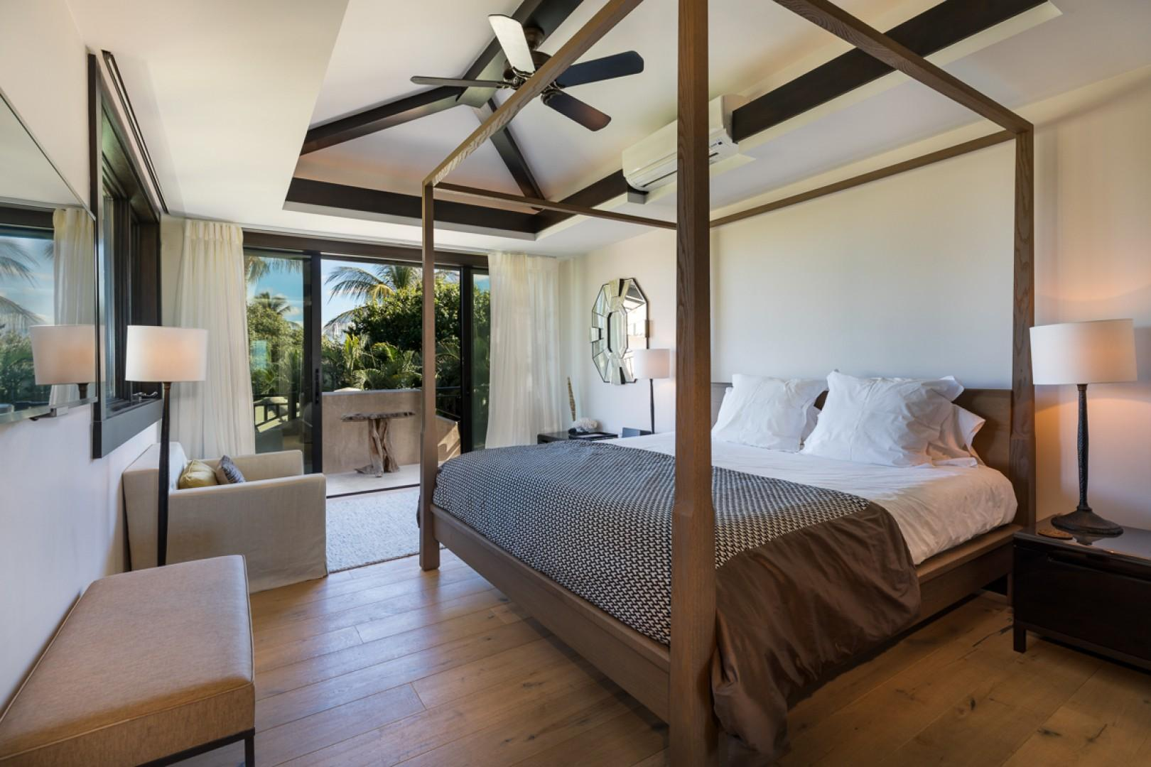Another stylish and comfortable bedroom