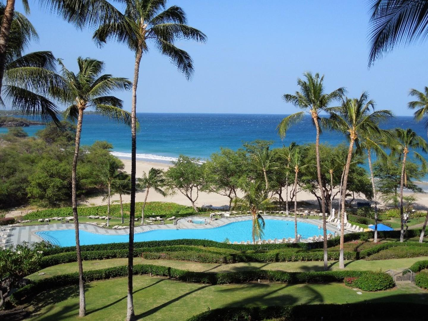 Hapuna Resort pool.