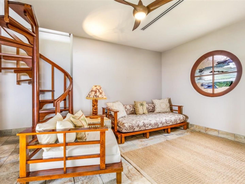 Adiditonal sleeping / seating space in the Master bedroom