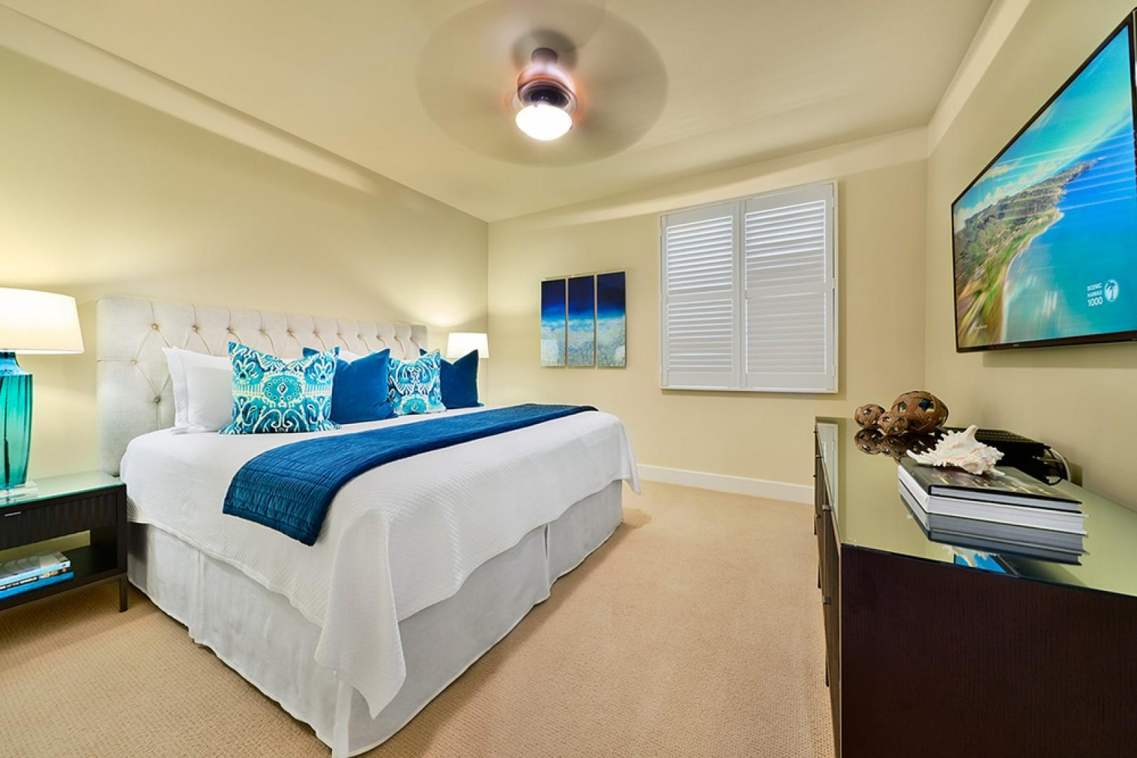 J405 Sea Breeze Suite Second Bedroom with Private Bath and King Bed