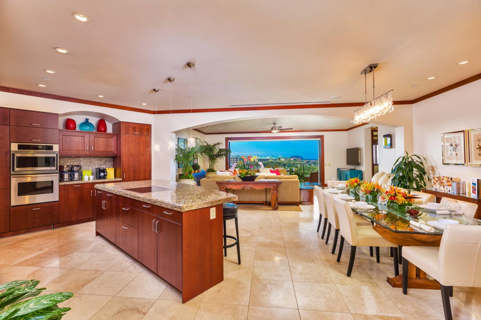 L509 Sandcastles Suite Spacious Great Room with Gourmet Kitchen with Five Bar Stools, Indoor Dining Table Seats Eight to Ten Guests and Large Ocean View Living Room