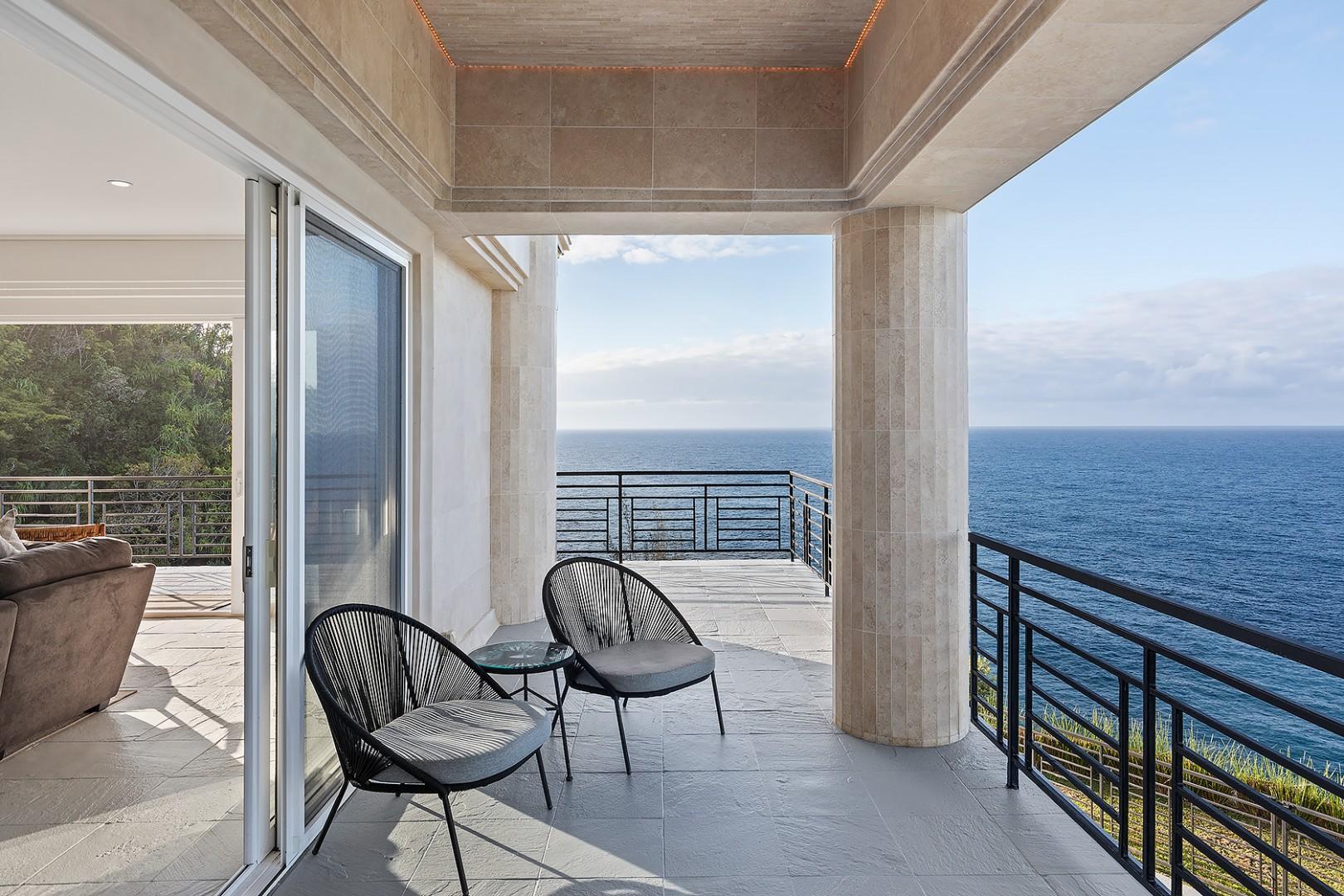 Panoramic ocean views from every lanai