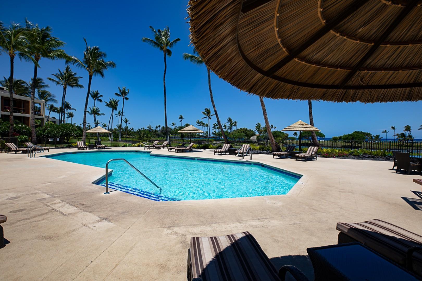 Mauna Lani Terrace Pool