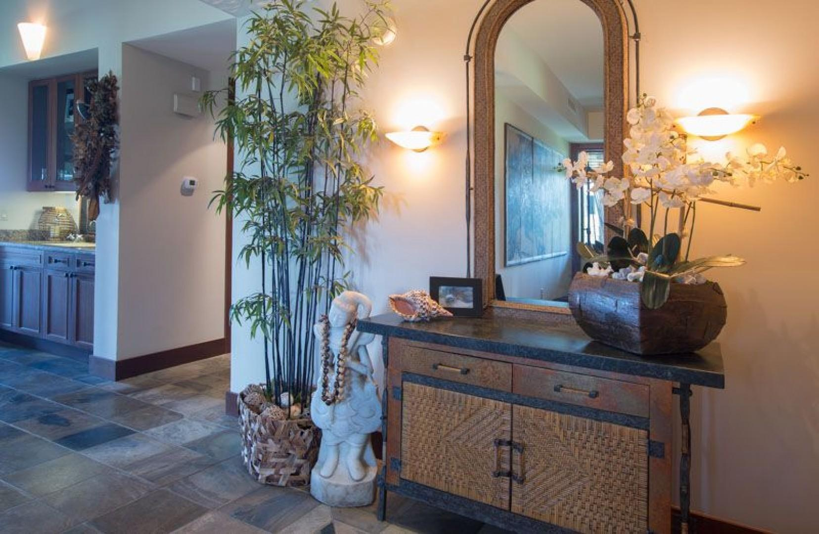 Entry Foyer to this 3 bedroom, 3.5 bath villa