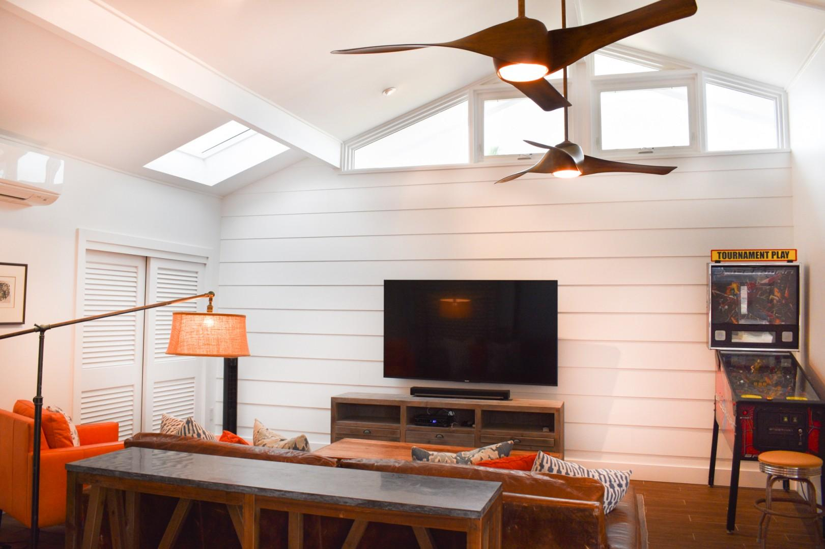 Cottage living/game room with ping pong table and pinball!