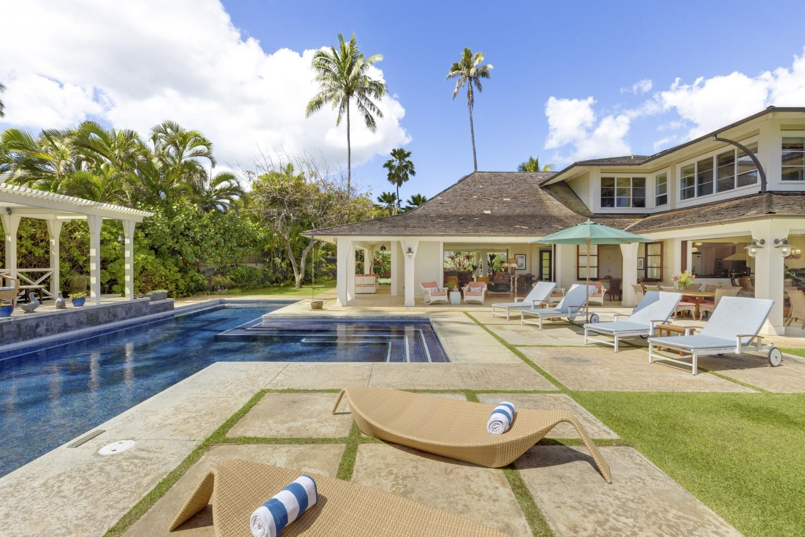 Pool deck, with plenty of lounge options