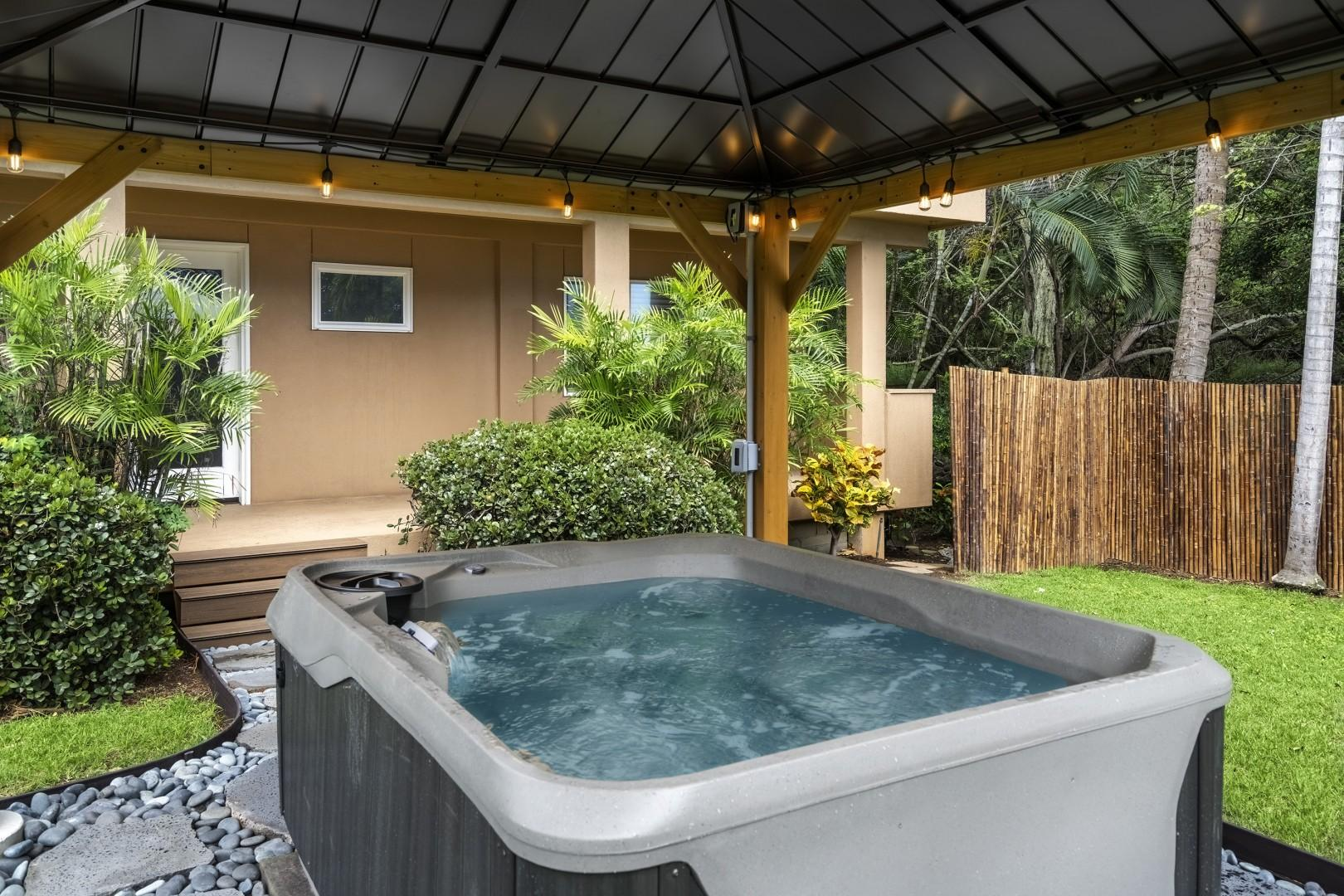 Hot tub in the front of the home!