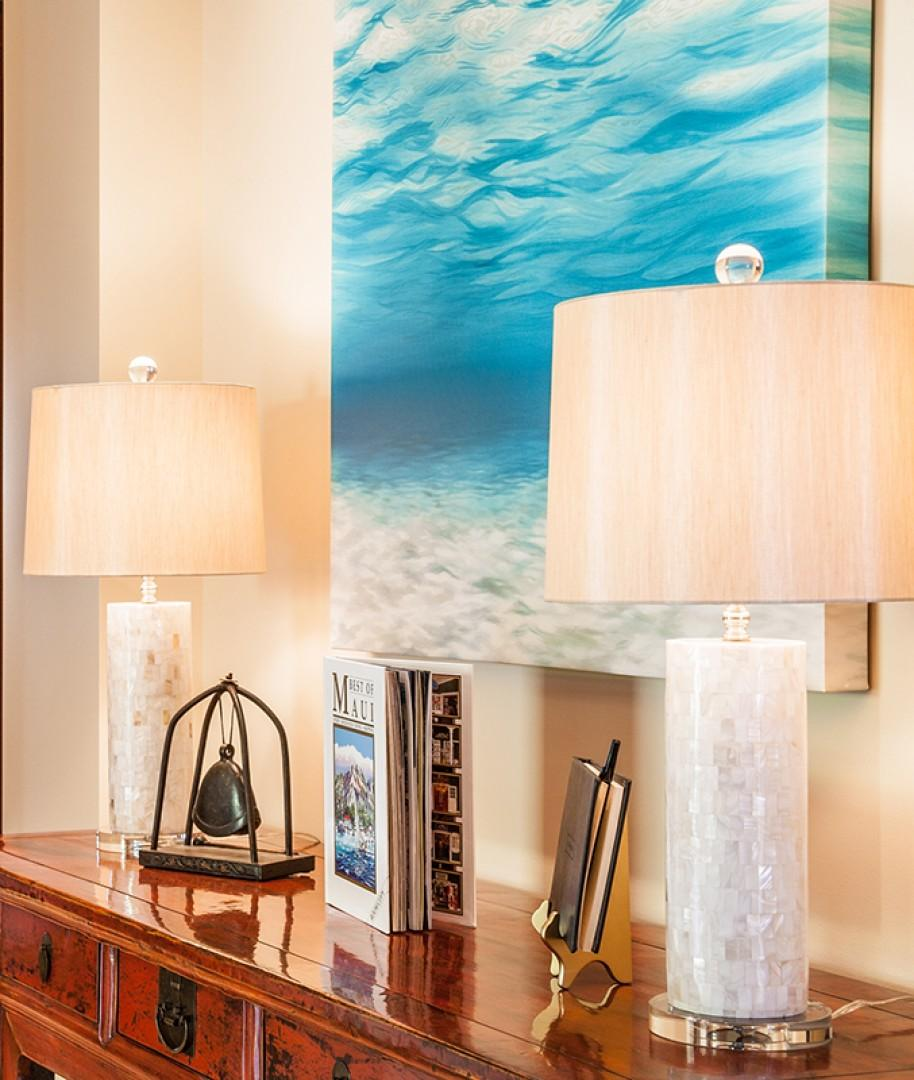 Entry Foyer - Welcome To C201 Castaway Cove. The decor tells a story of sailing around the world in the 19th century! The entry wall art is called